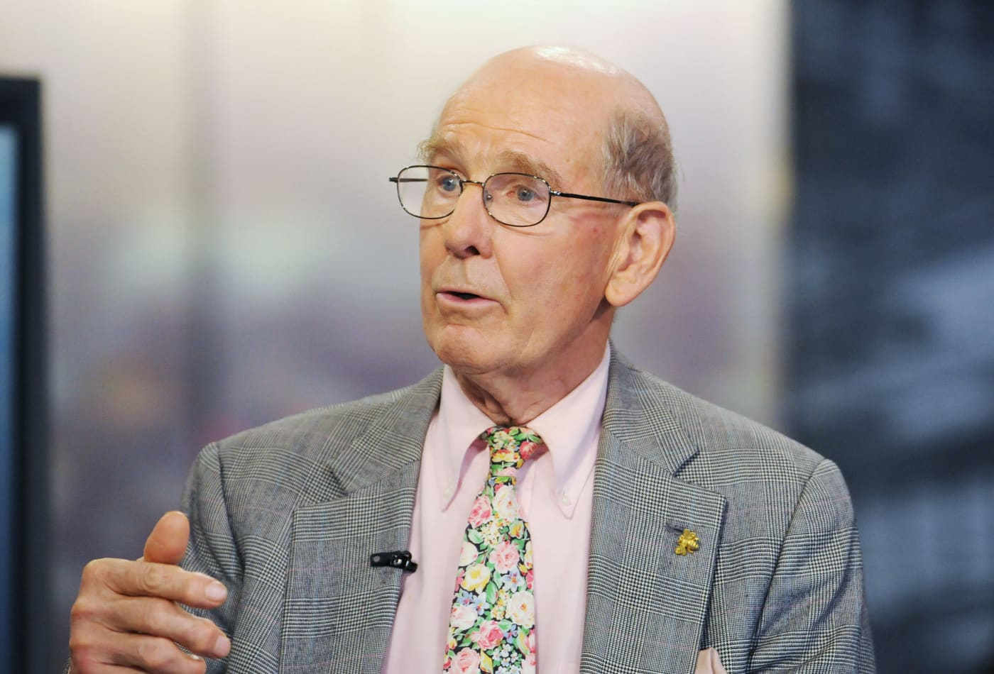 Financial analyst Gary Shilling says the stock market could see a 1930s-like decline