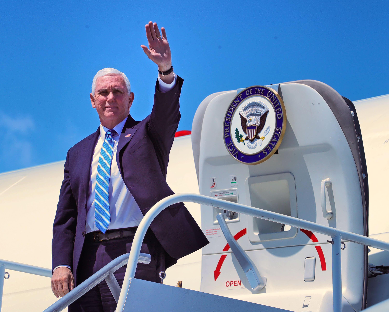 कोरोनावायरस लाइव अपडेट: टेक्सास और एरिज़ोना की यात्रा करने के लिए पेंस; क्युमो का कहना है कि राज्यों ने वायरस के साथ राजनीति की