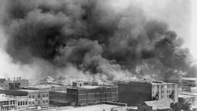 Billowing Smoke during Tulsa Race Massacre, Alvin C. Krupnick Co., June 1921.