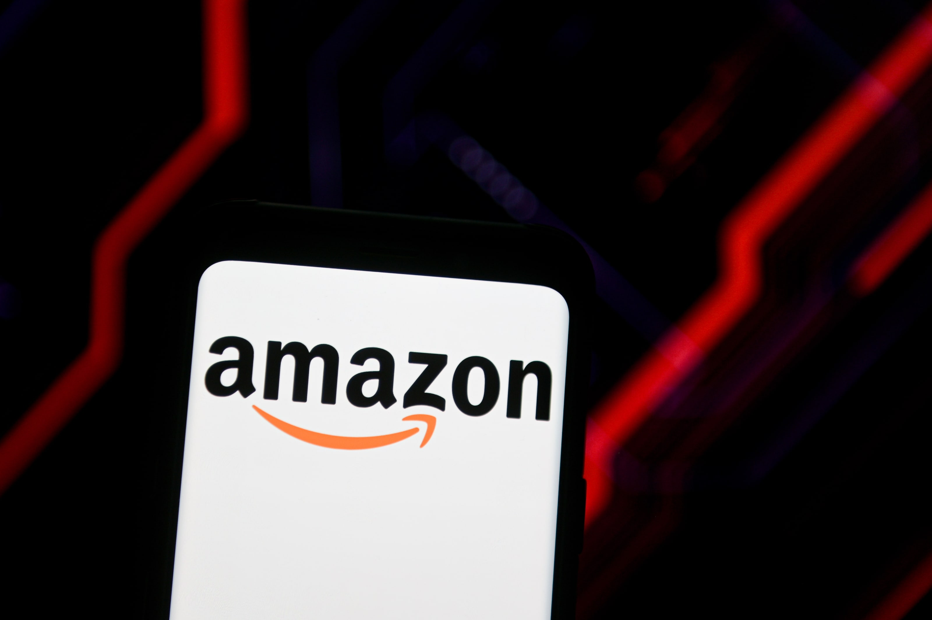Amazon's brand value tops $400 billion, boosted by the coronavirus pandemic: Survey - CNBC
