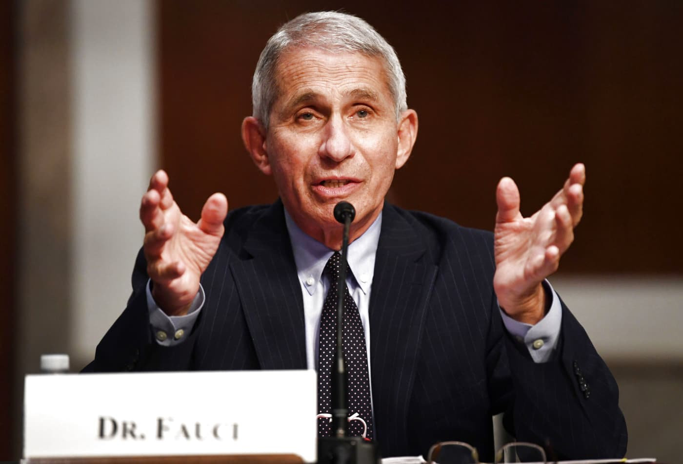 Dr. Anthony Fauci says new virus in China has traits of 2009 swine flu and 1918 pandemic flu