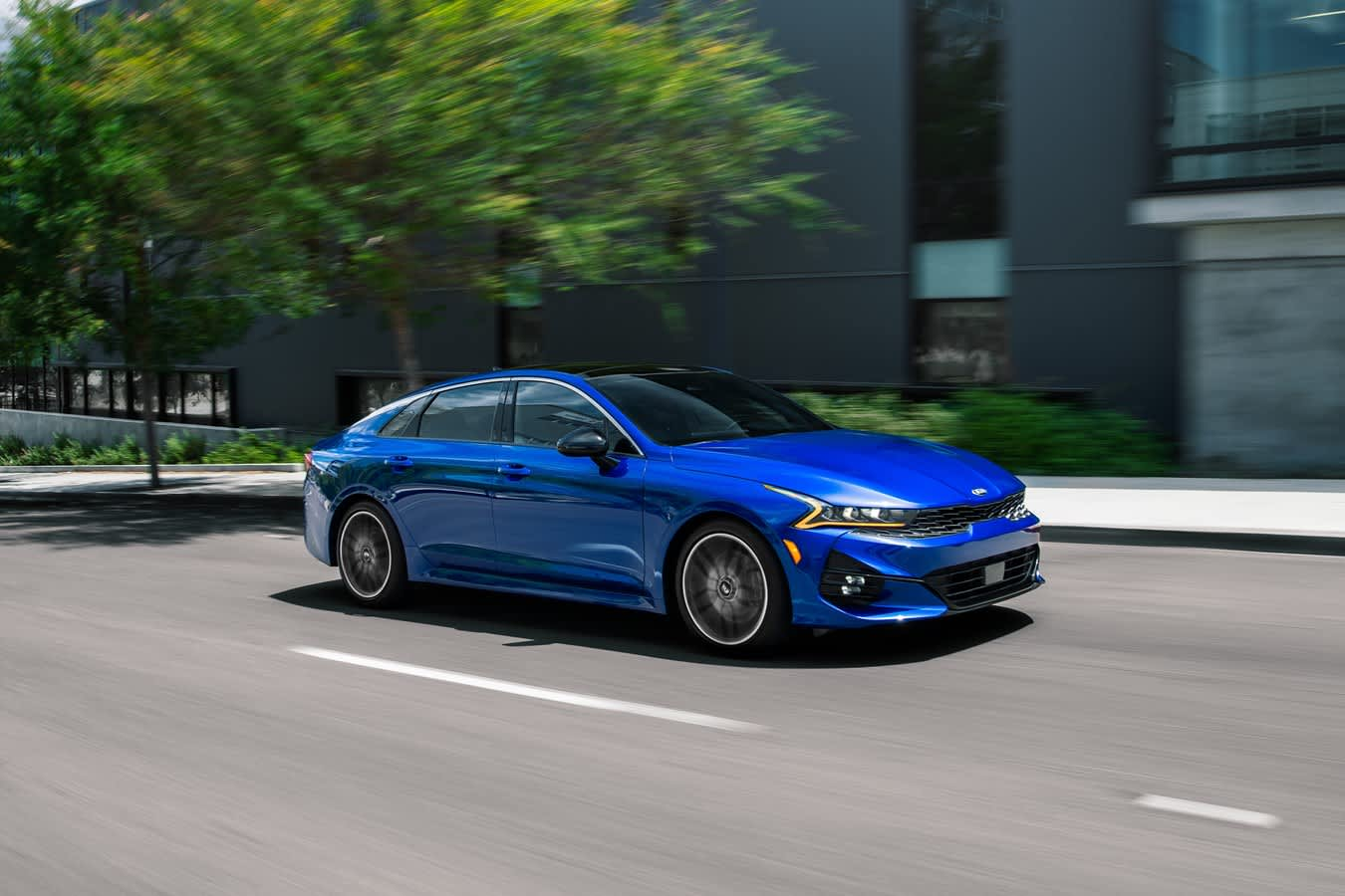 Kia unveils new K5 sedan in attempt to halt skidding sales