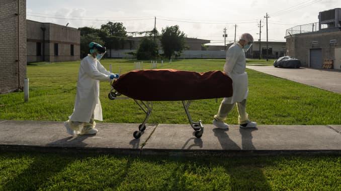 Coronavirus Deaths Tick Up In Florida Texas California Arizona