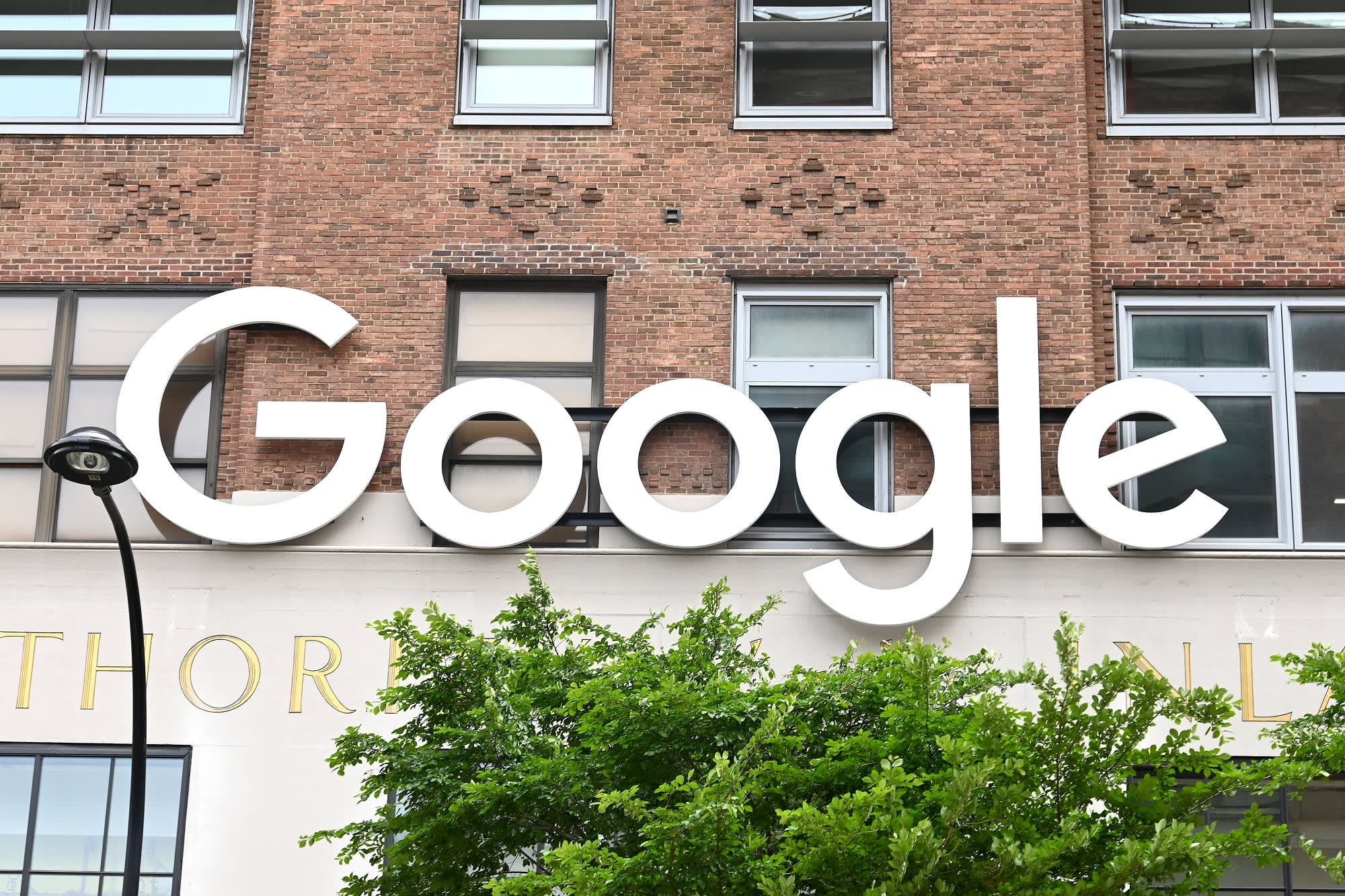 Google announces 100,000 scholarships for online certificates in data analytics, project management and UX