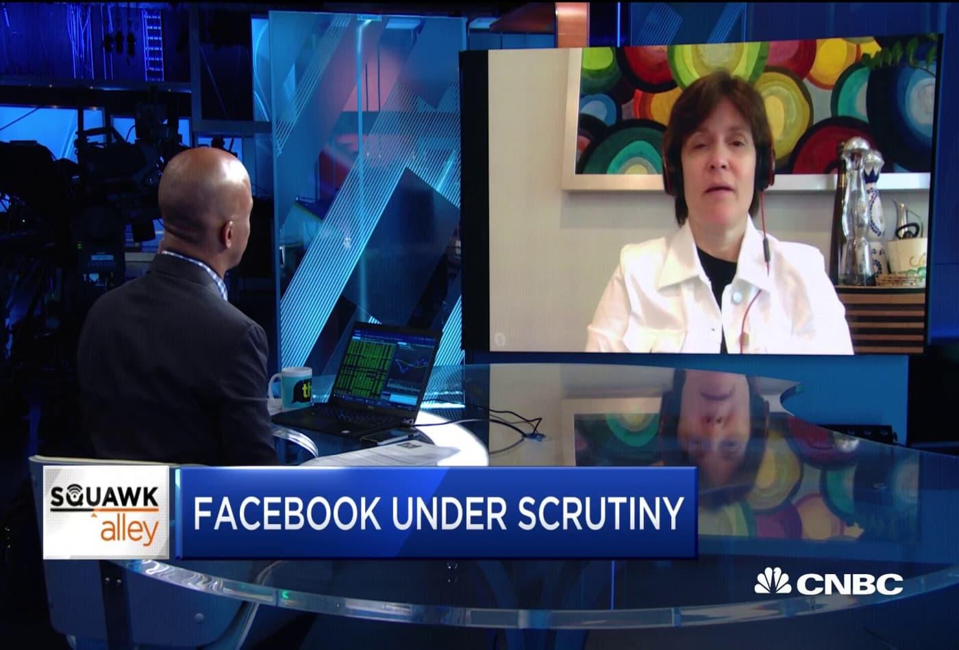 Kara Swisher: Wall Street is rewarding Facebook's leadership in ads despite controversy