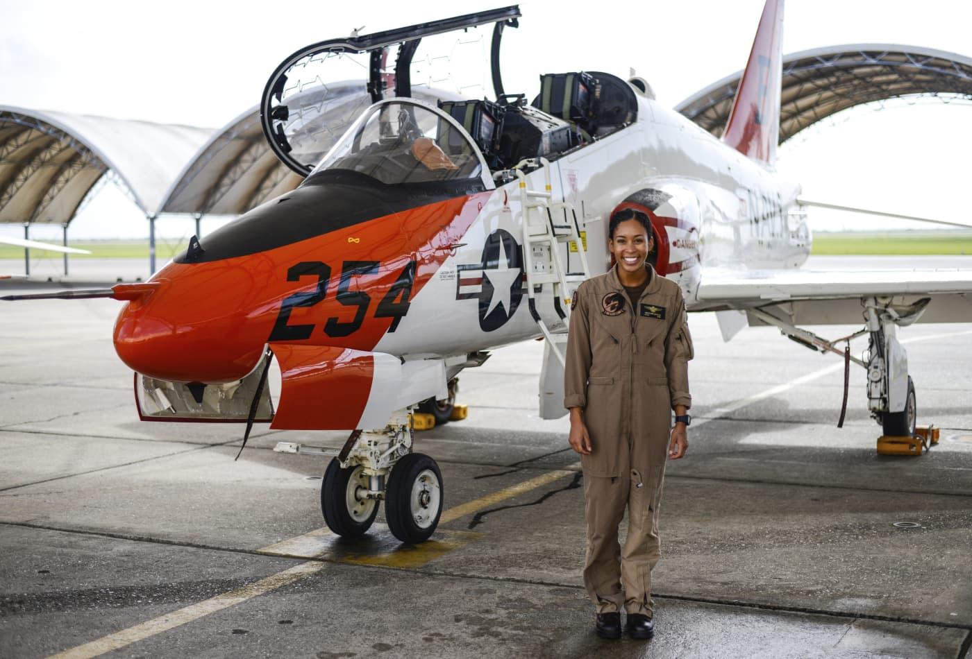 Madeline Swegle makes history as U.S. Navy's first Black female tactical jet pilot