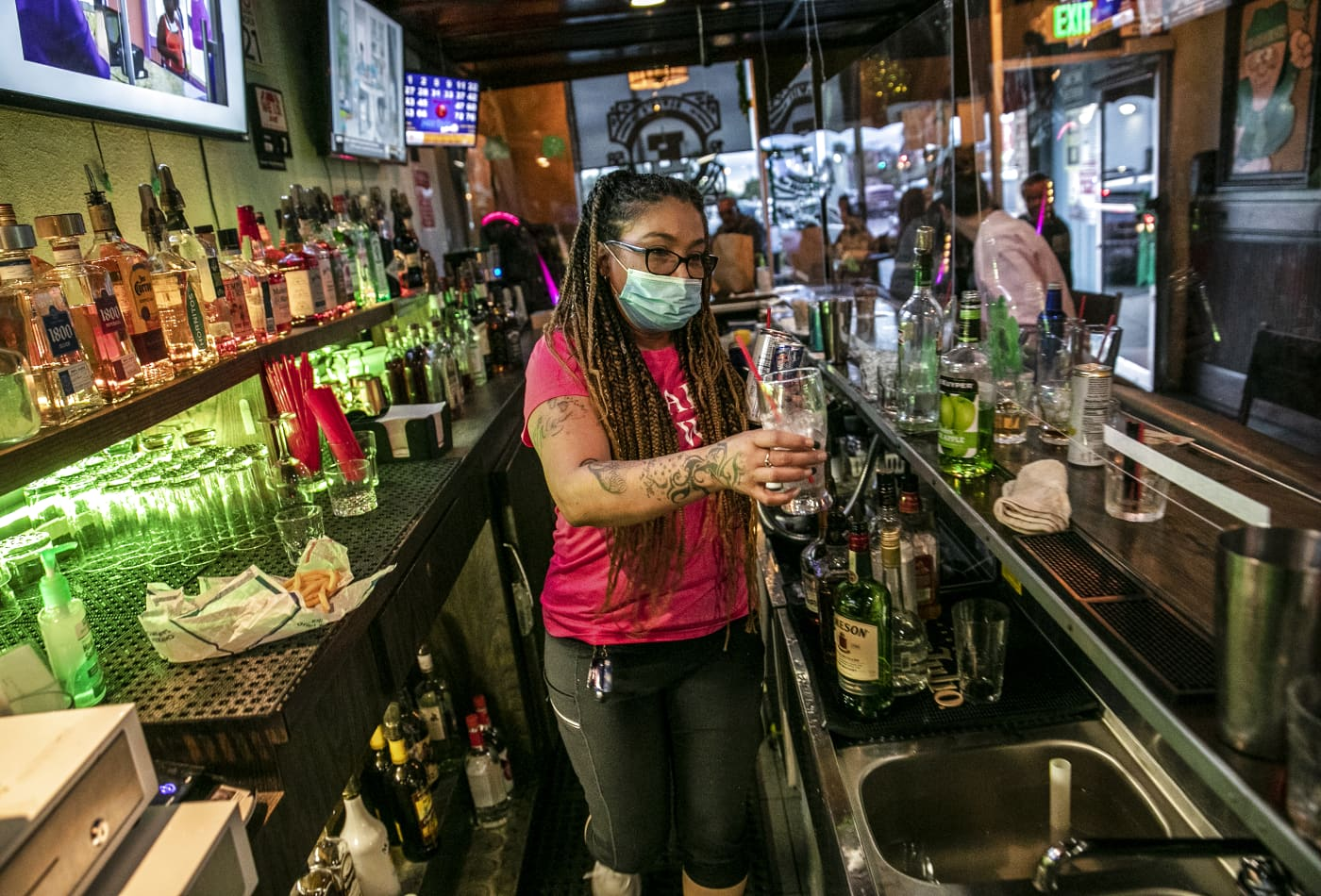 California closing all operations for bars, including takeout