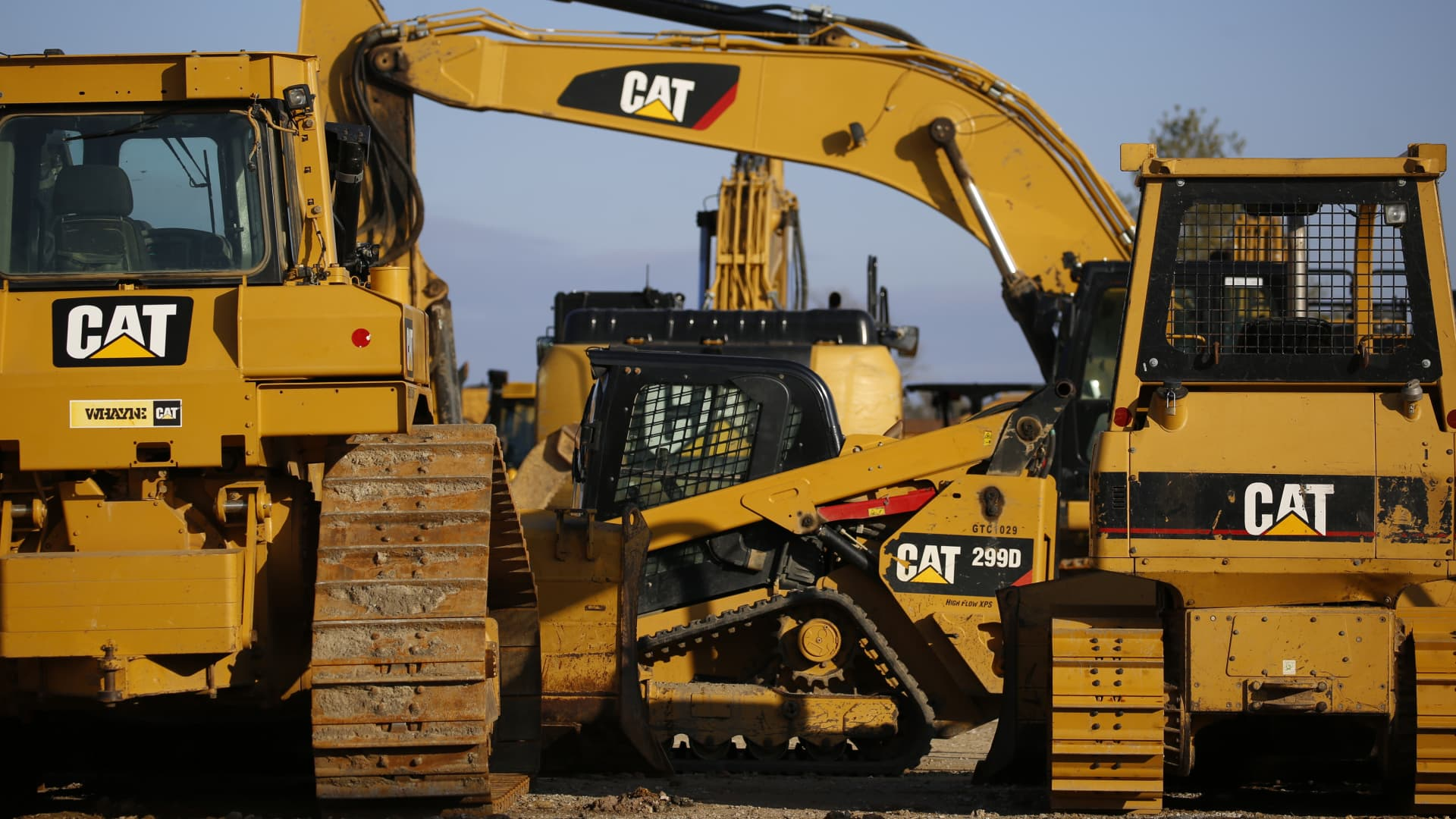 Caterpillar Inc. excavators are displayed for sale at the Whayne Supply Co. dealership in Louisville, Kentucky, U.S., on Monday, Jan. 27, 2020.