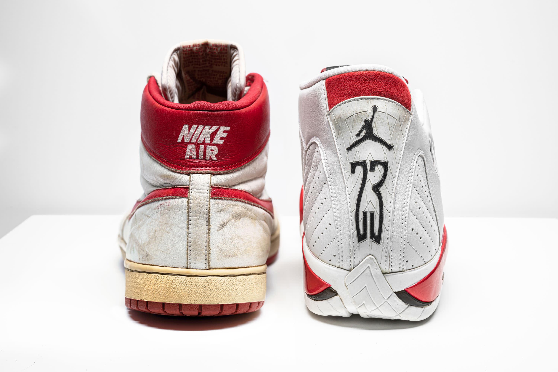 proposición complemento Prohibición  Christies to auction rare Michael Jordan sneakers