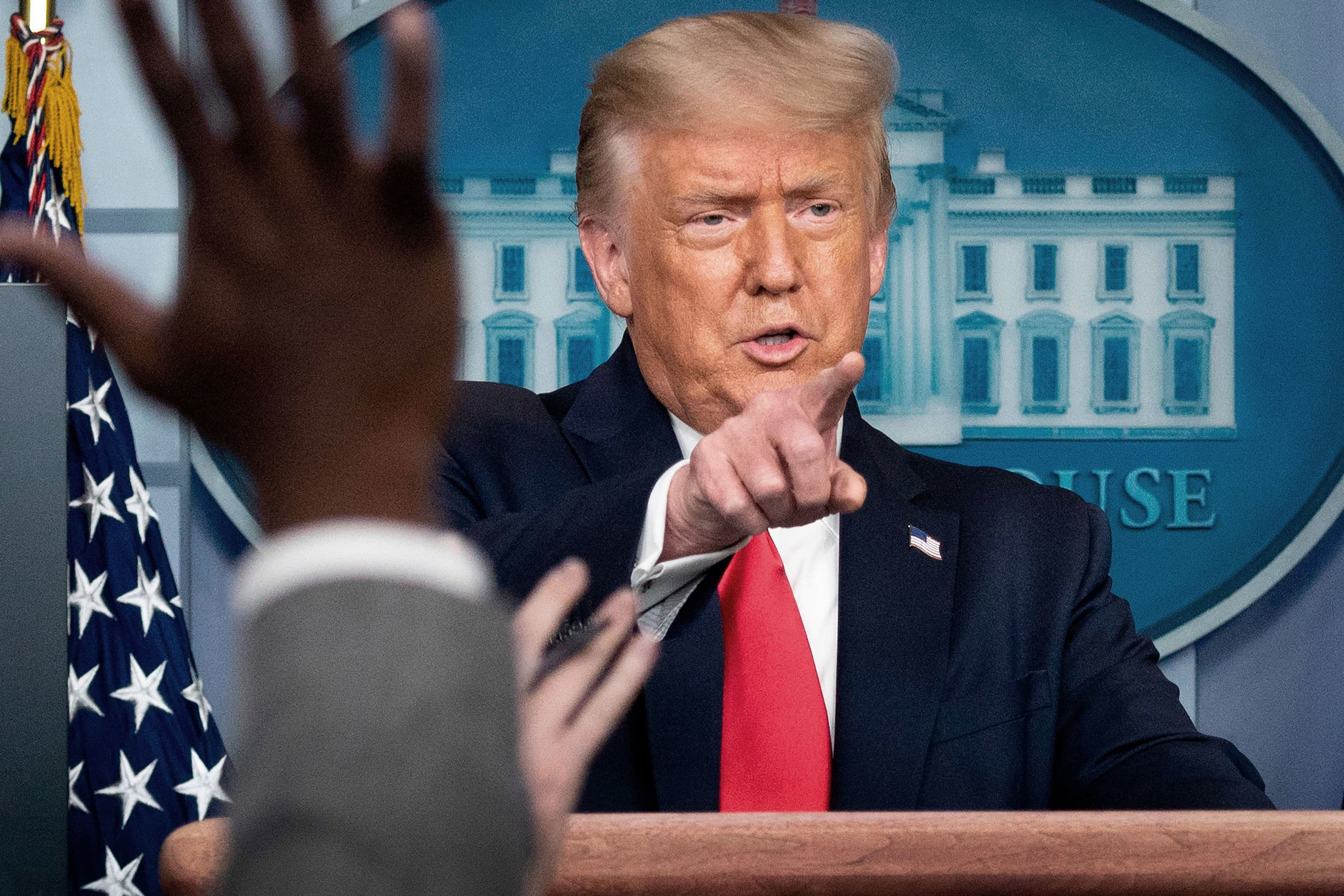 Trump says he still thinks hydroxychloroquine works in treating early stage coronavirus