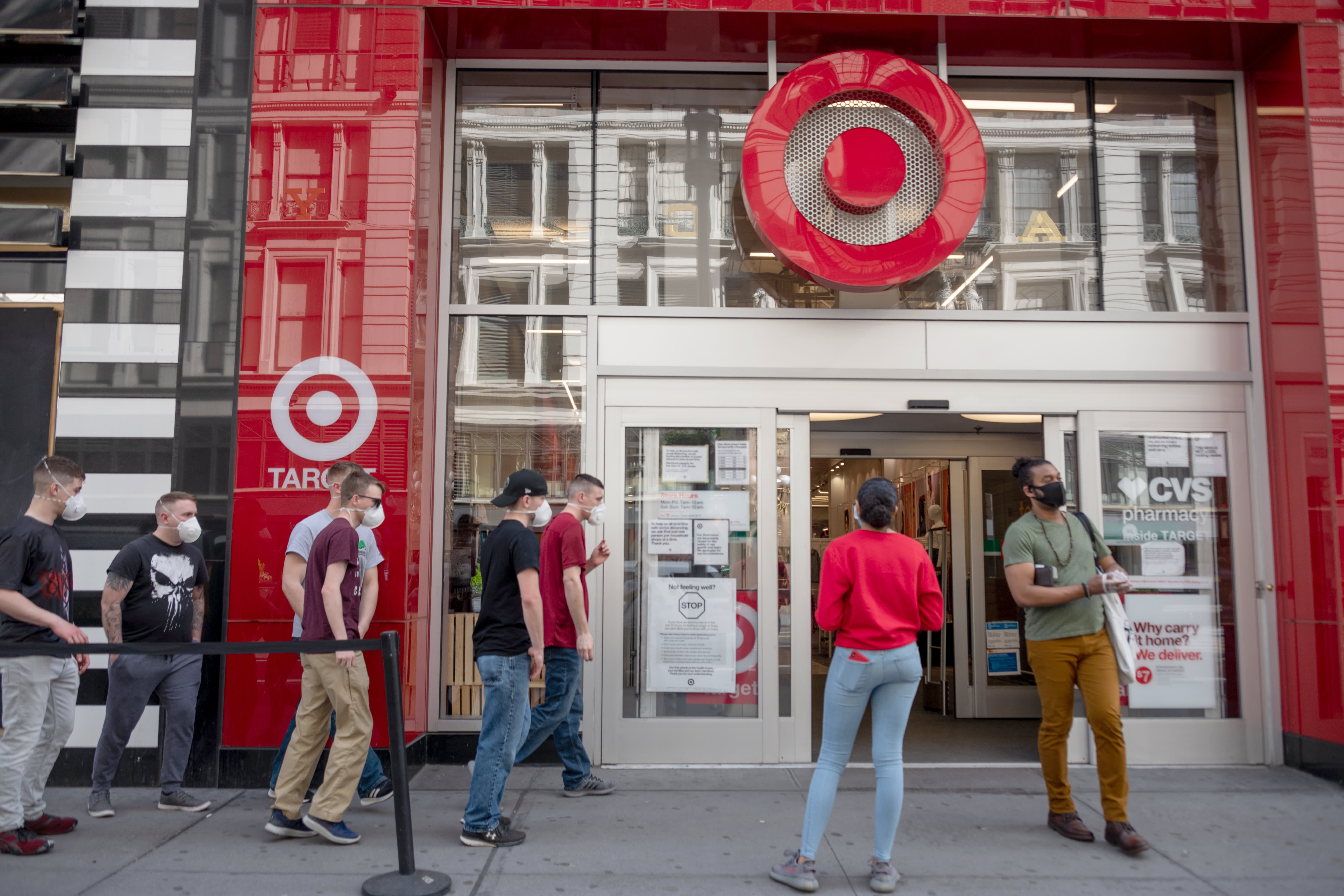 Target crushes estimates as retailer uses new shopper habits to gain market share – CNBC
