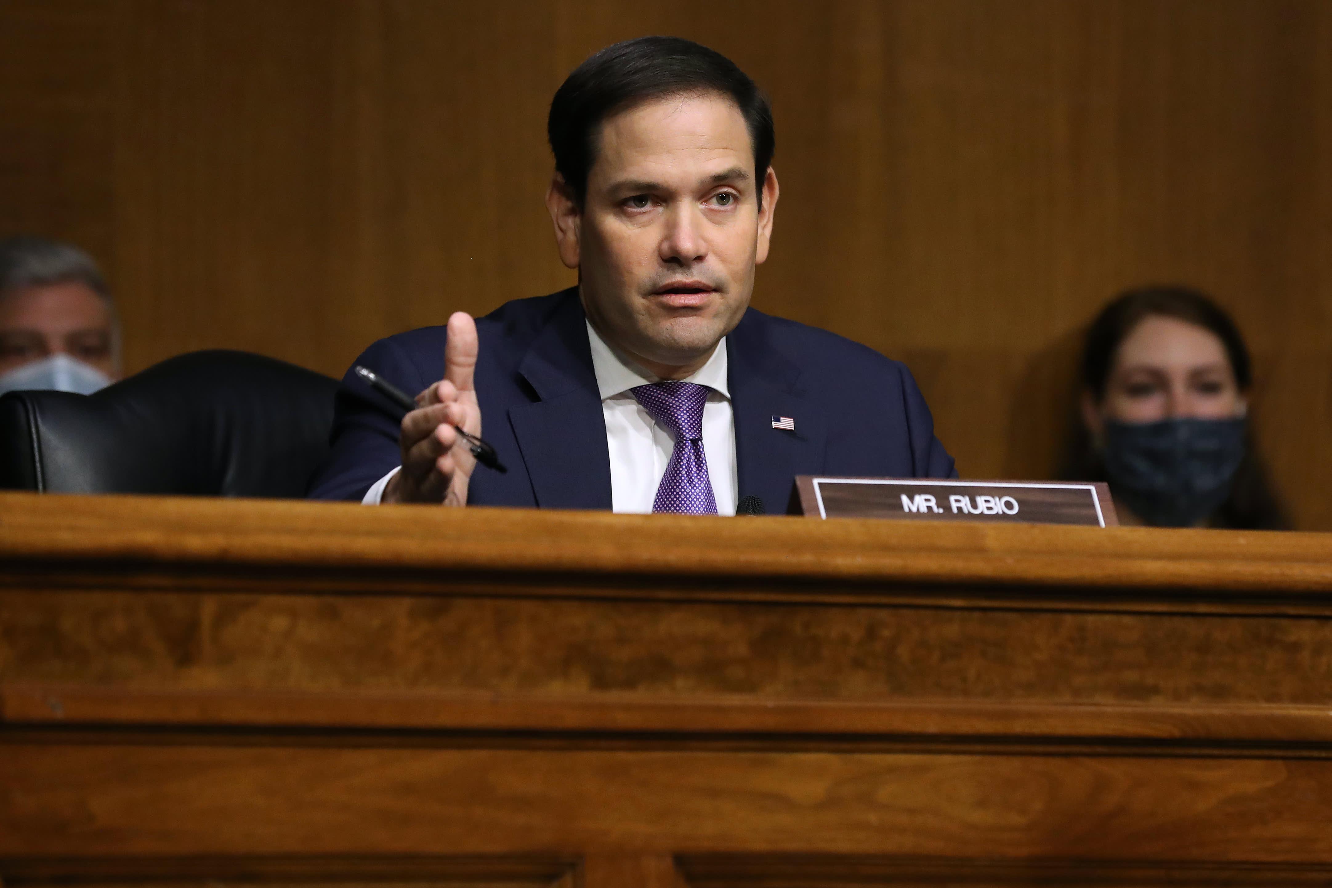 Marco Rubio endorses Amazon unionization effort bringing bipartisan support – CNBC