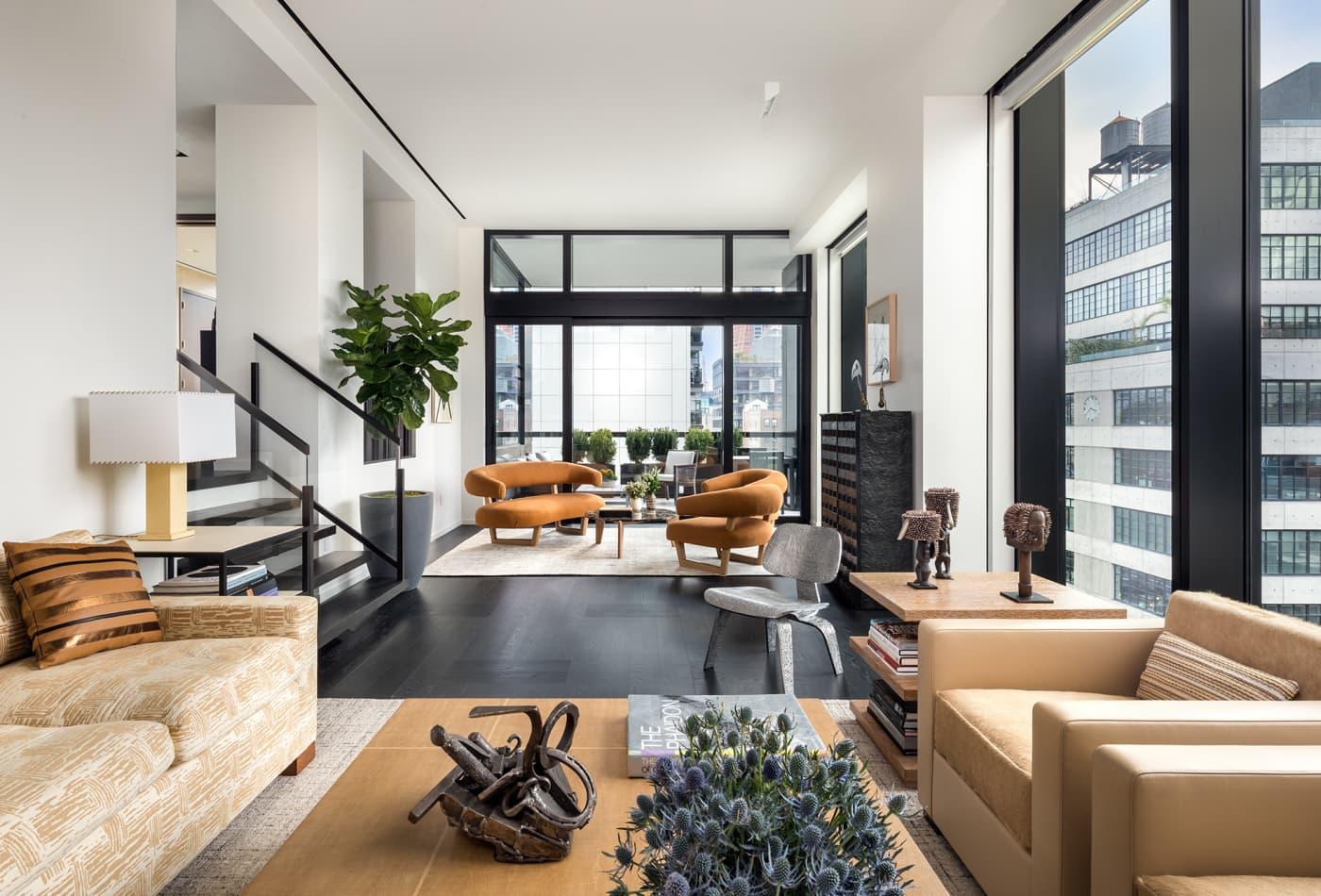 Manhattan apartment deals plunge 57%, suburban real estate surges