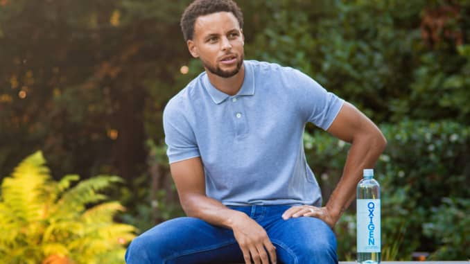 Warriors Stephen Curry Becomes Equity Partner In Beverage Company