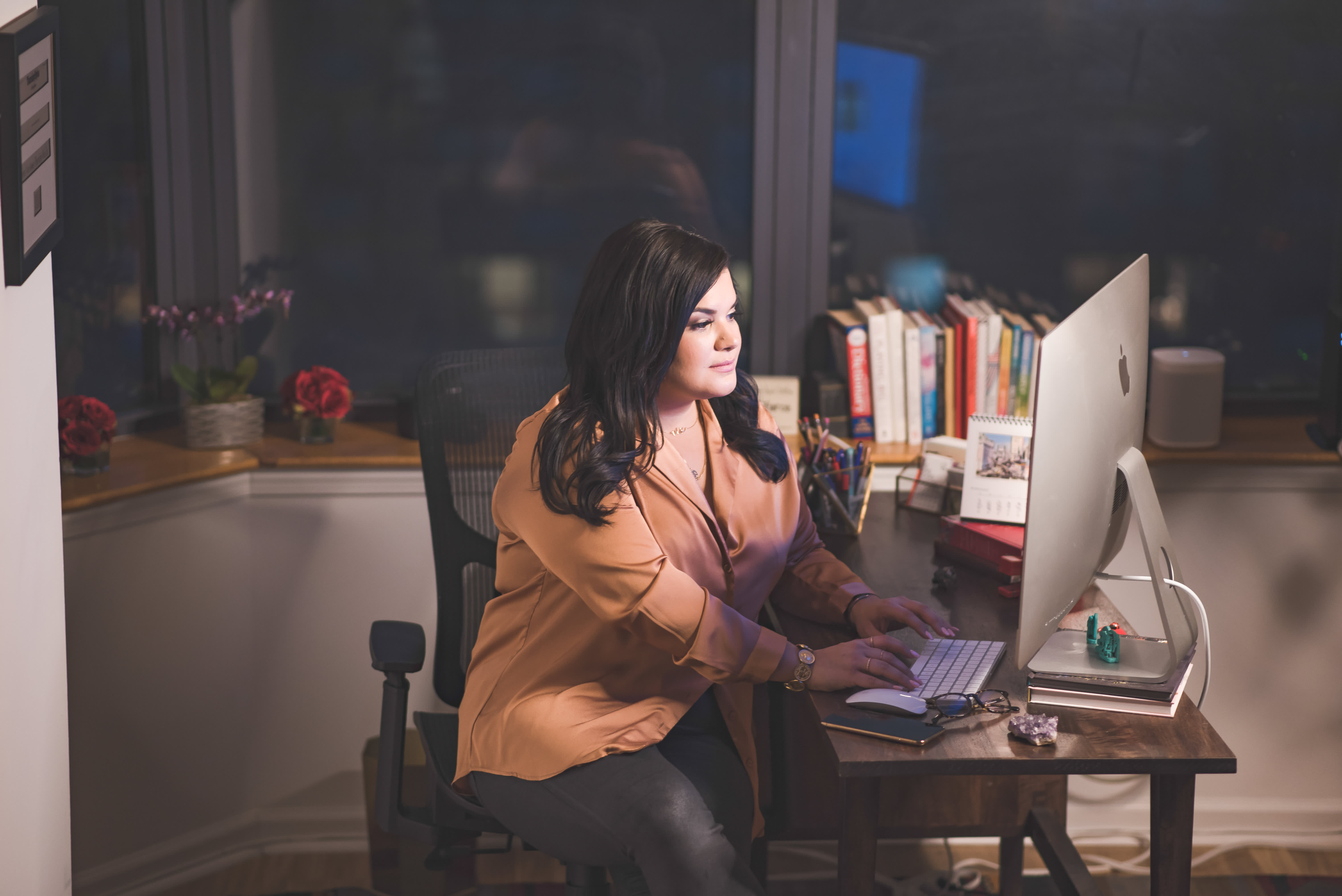 Top 3 tips for starting a successful side hustle, from someone who made 6 figures in 3 months