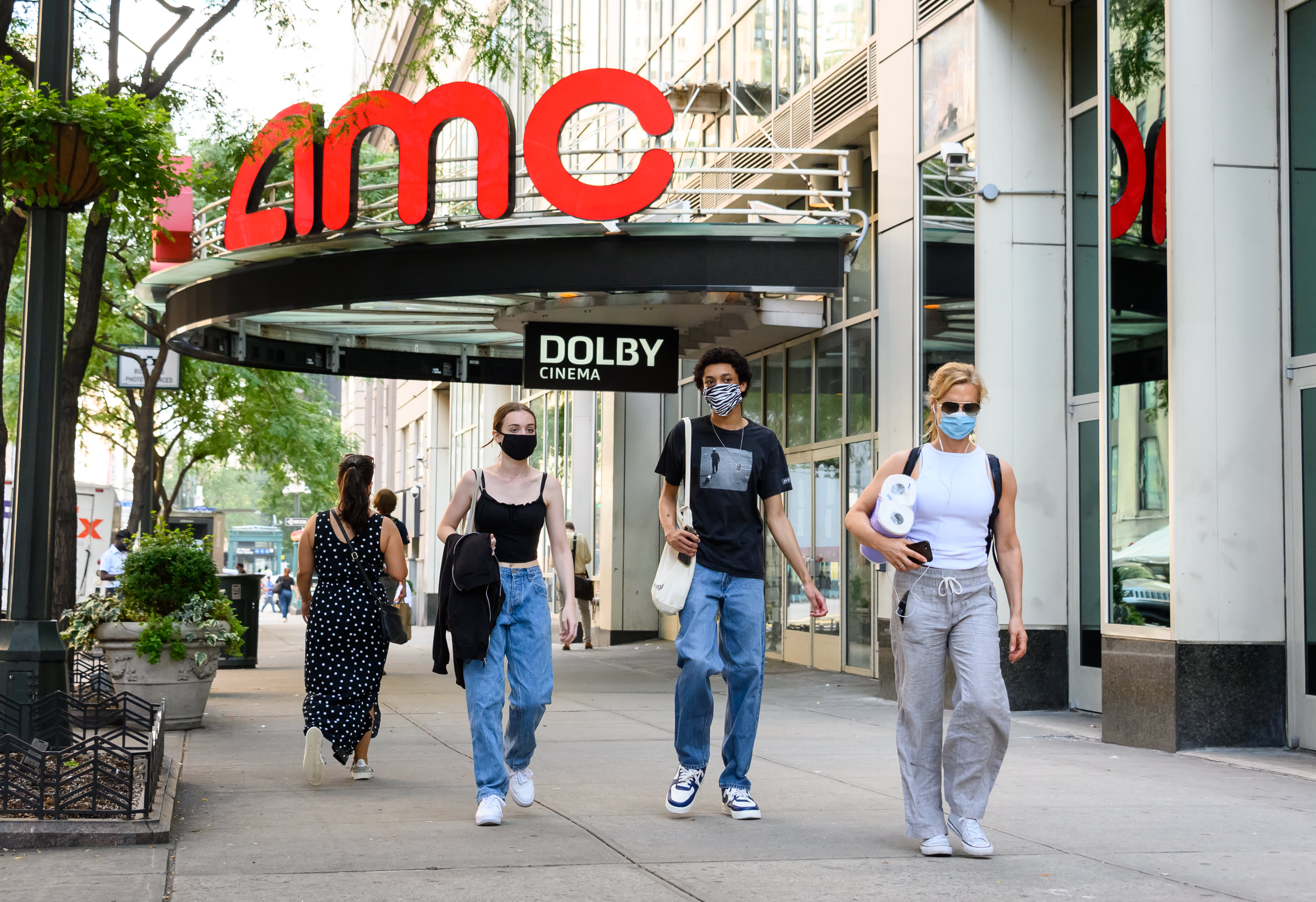 Amc Selling 15 Cent Tickets Is It Safe To Go To A Movie Theater