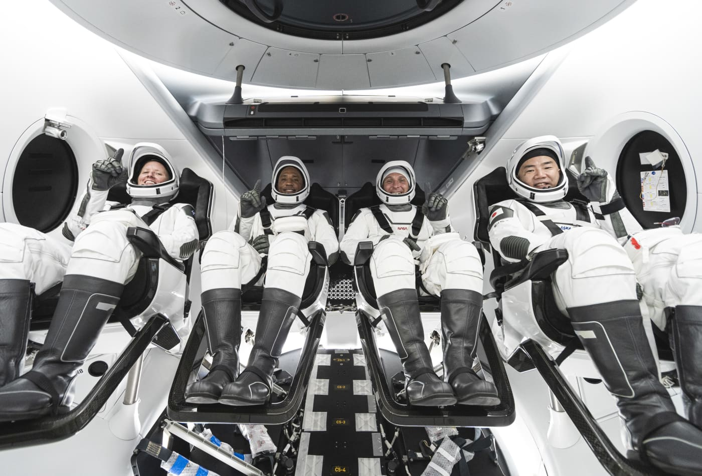 SpaceX and NASA plan to launch first full length astronaut mission in late October