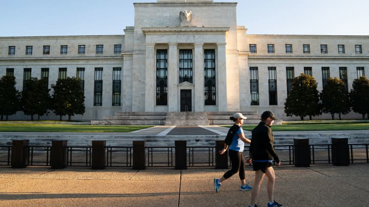 cnbc.com - Jeff Cox - Fed policy changes could be coming in response to bond market turmoil, economists say