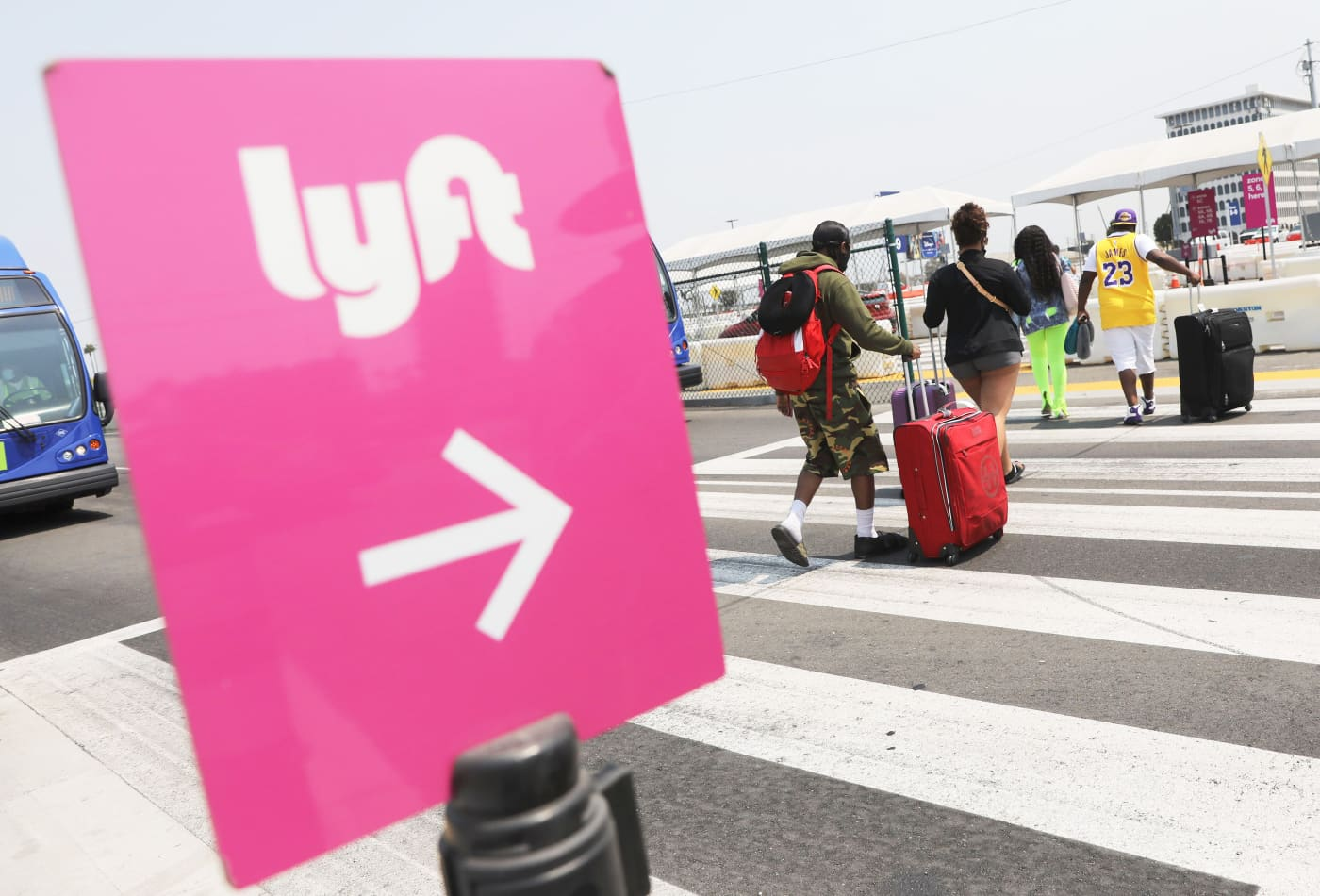 Lyft teams up with Epic to let hospitals schedule rides for patients from medical records system