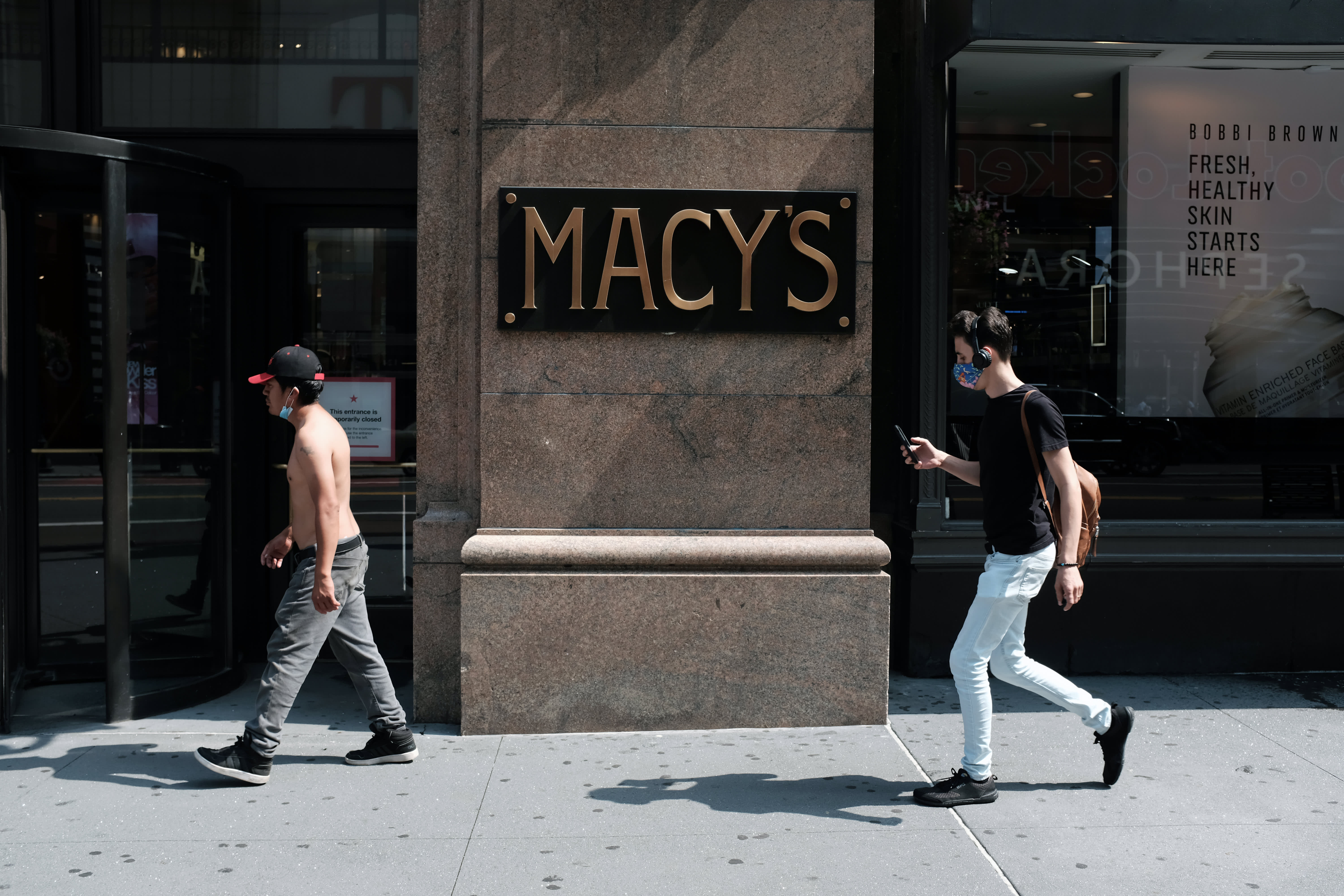 Macy's shares fall as same-store sales drop more than 20% – CNBC