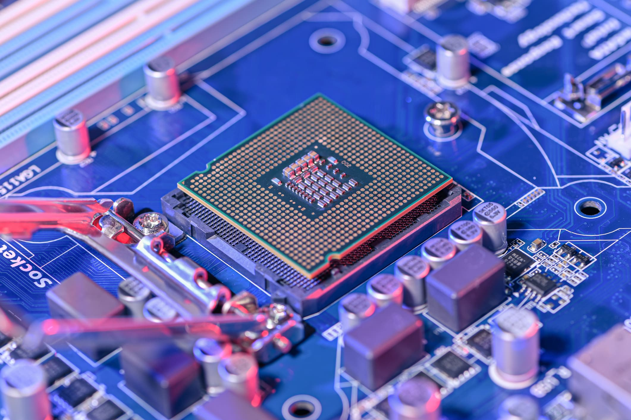 How Asia came to control chipmaking and what the U.S. wants to do about it thumbnail