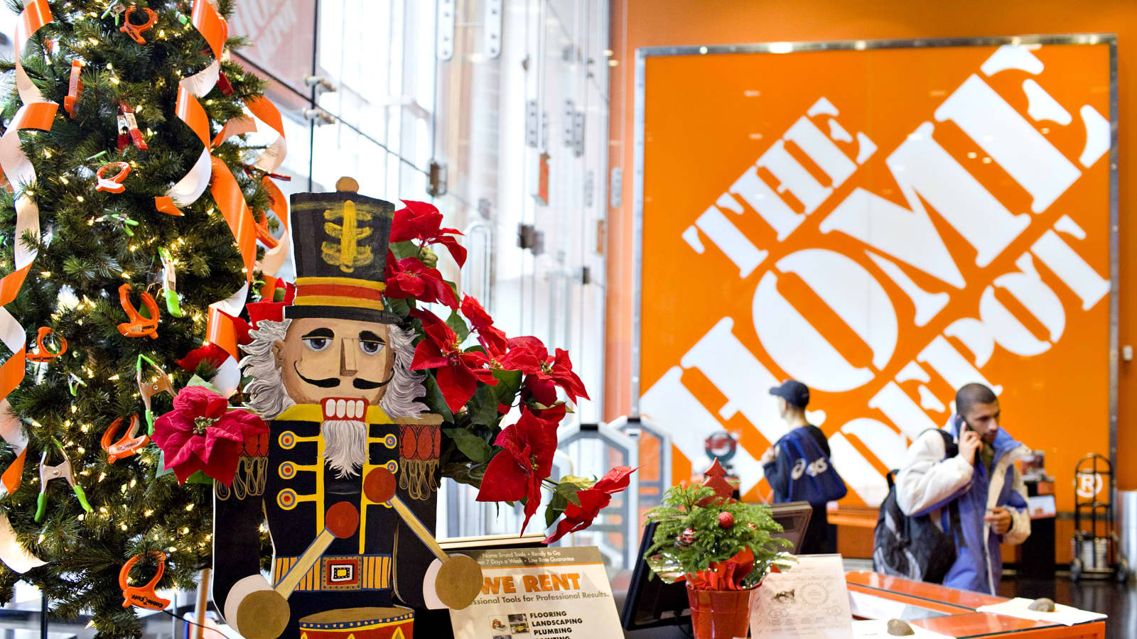 Home Depot Adapts Black Friday Holiday Shopping Season To Pandemic Era