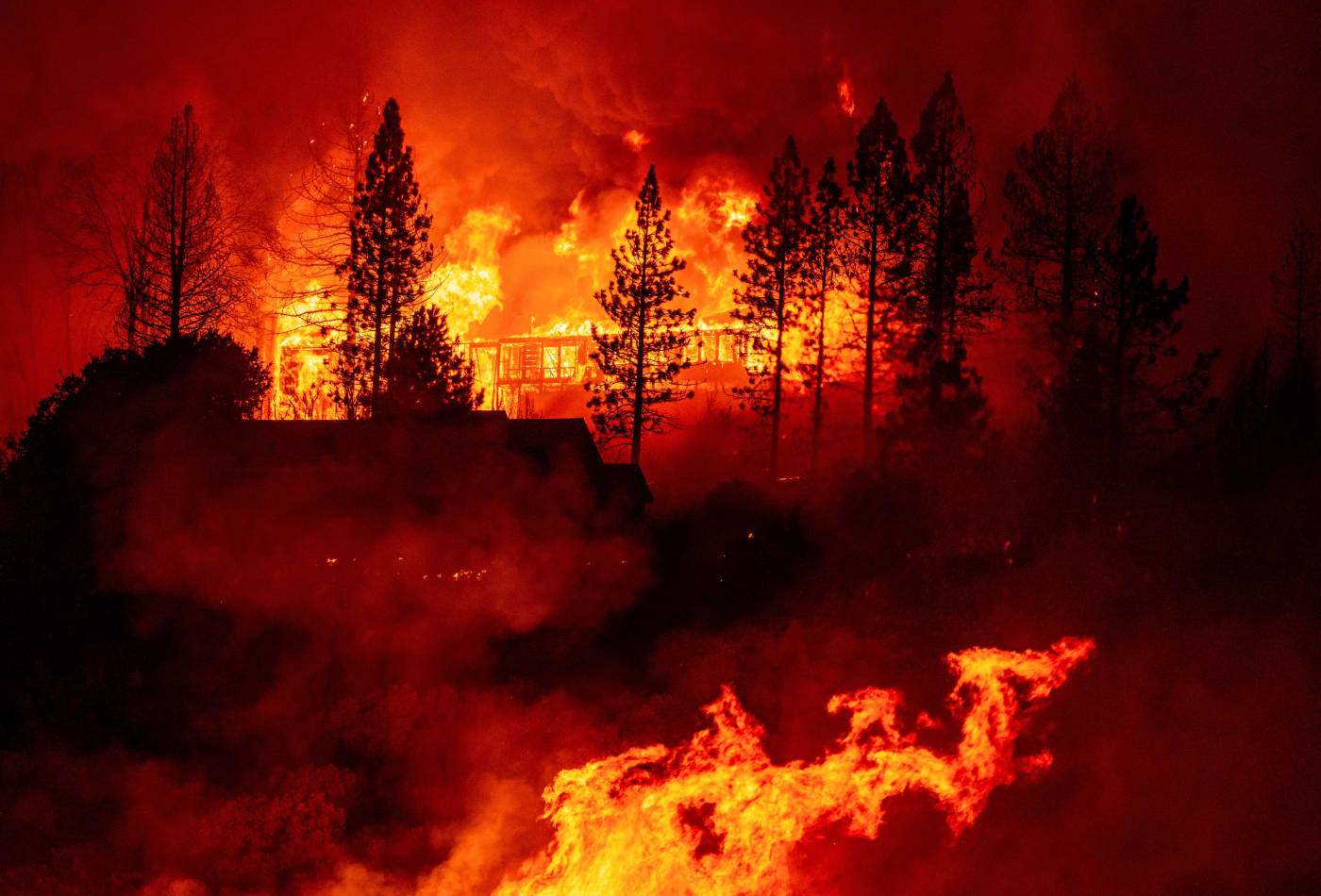 Firefighters overtaken by flames in California mountains