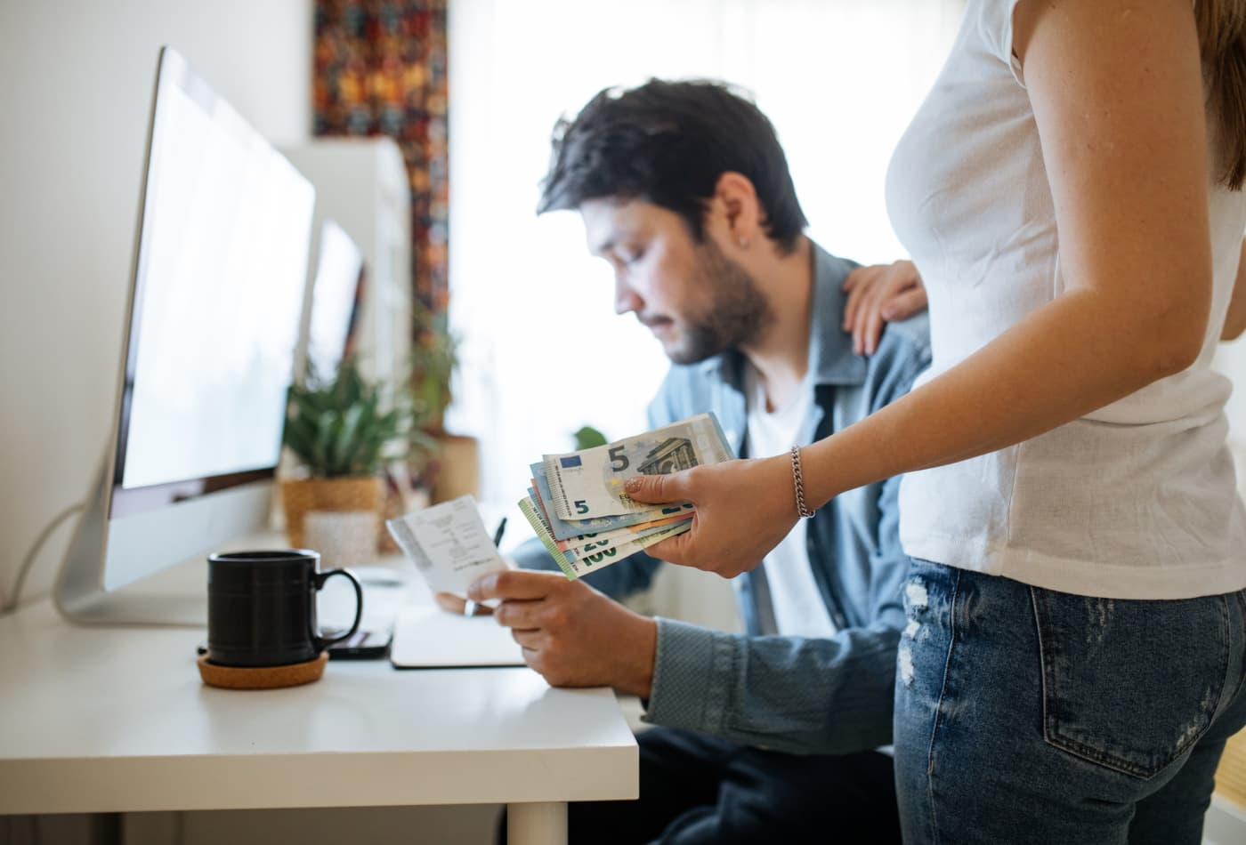Credit score or income: Which one matters more when applying for a credit card? A FICO expert answers