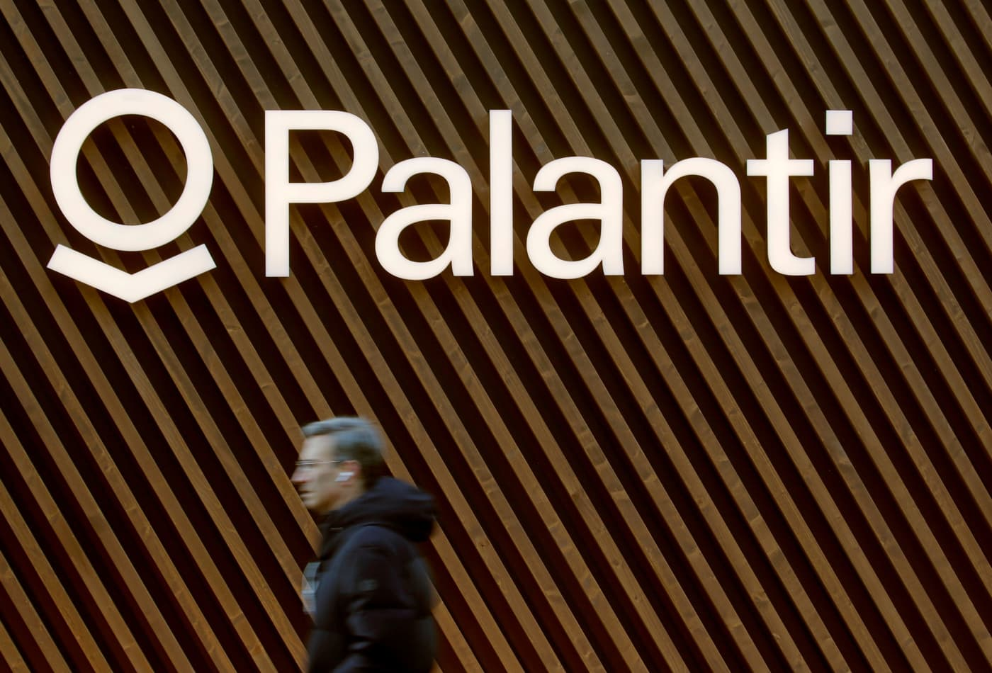 Stocks making the biggest moves midday: Palantir, Applied Materials, Deere & more