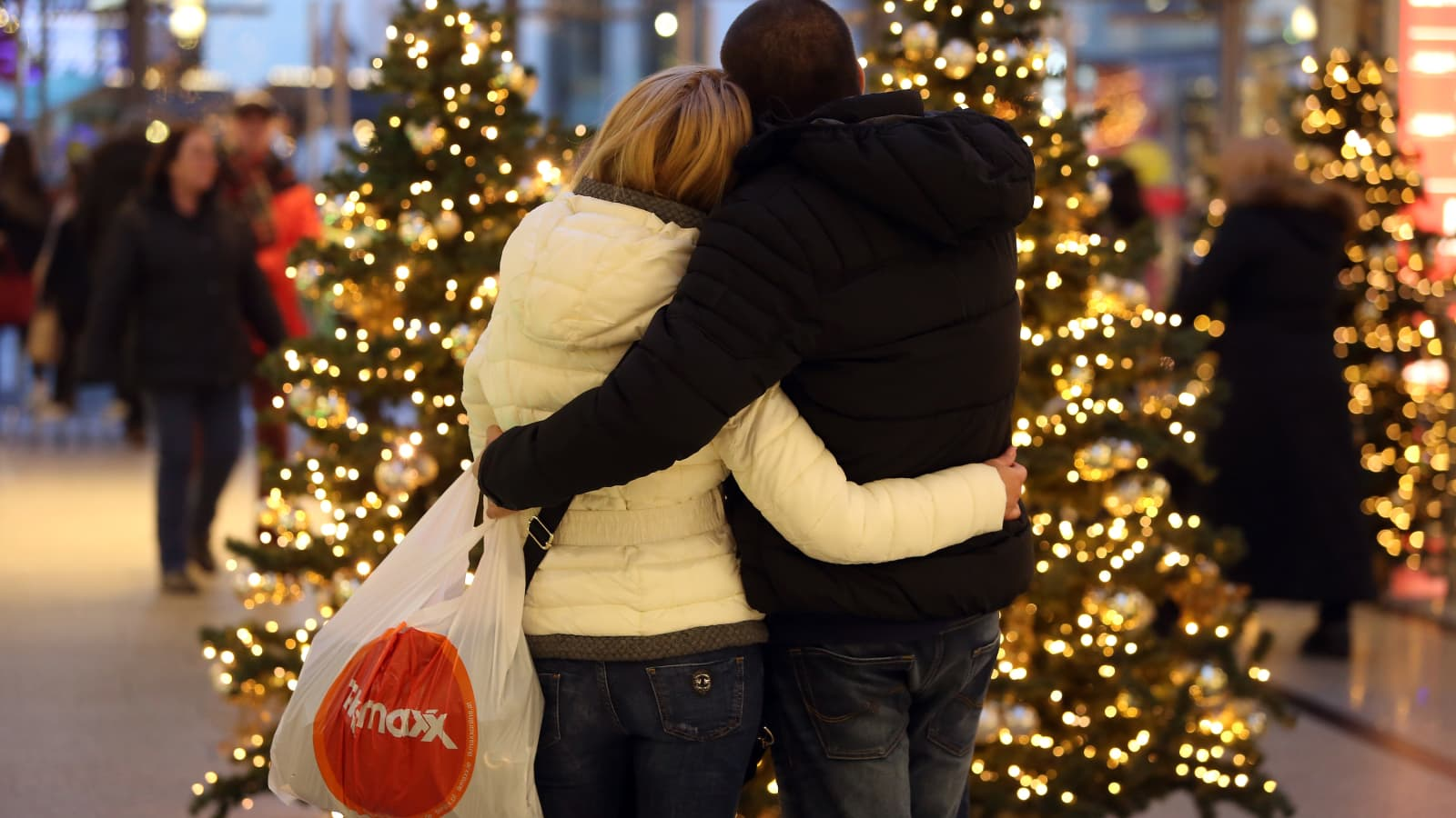 Pandemic Weary Shoppers Want A Meaningful Holiday Season