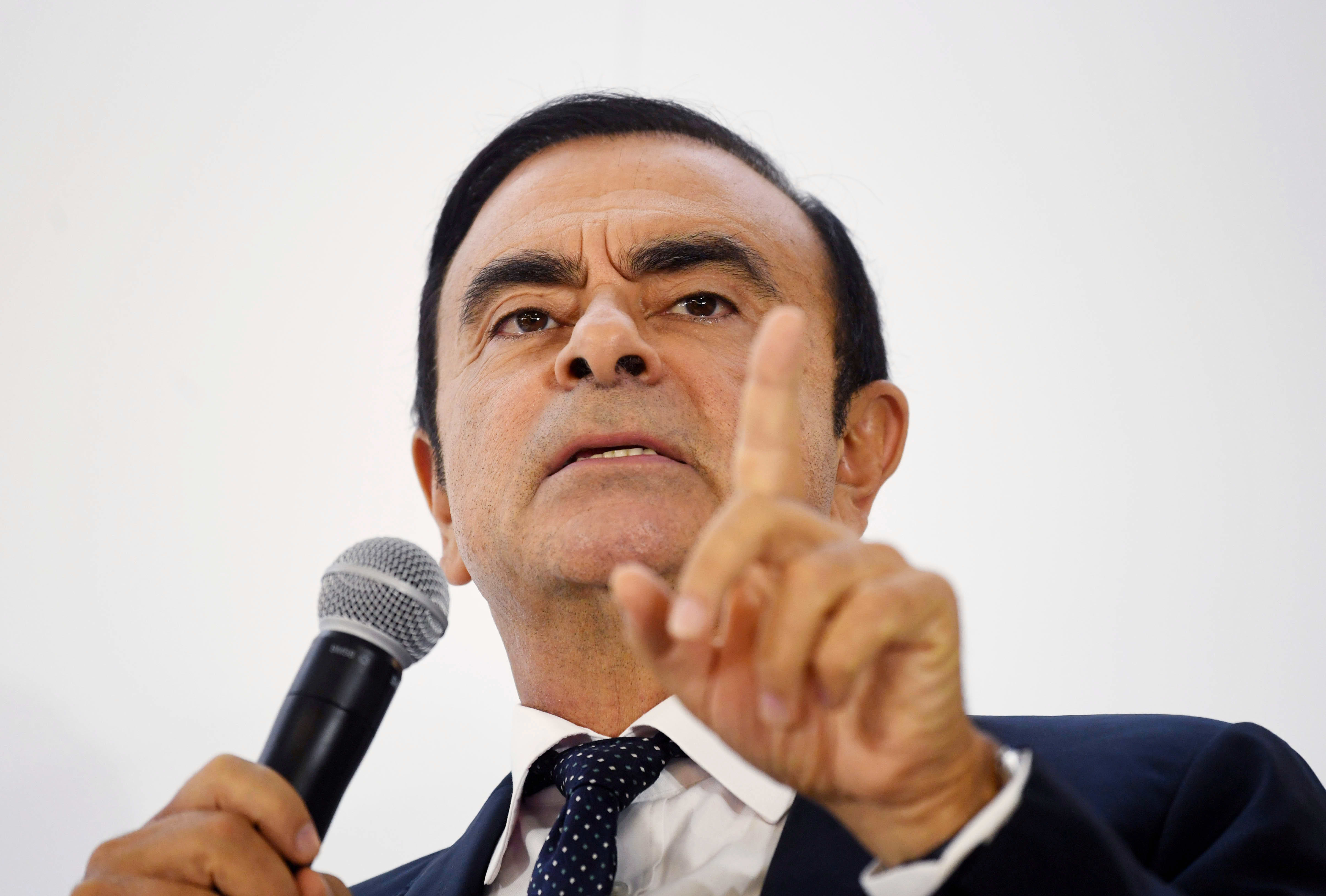 exnissan-boss-carlos-ghosn-launches-business-program-to-revive-lebanons-struggling-economy