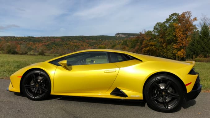 Lamborghini 2020 EVO RWD