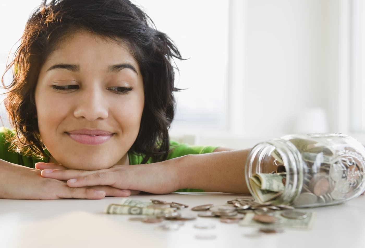 Where to stash your cash: Brick-and-mortar vs. online savings accounts