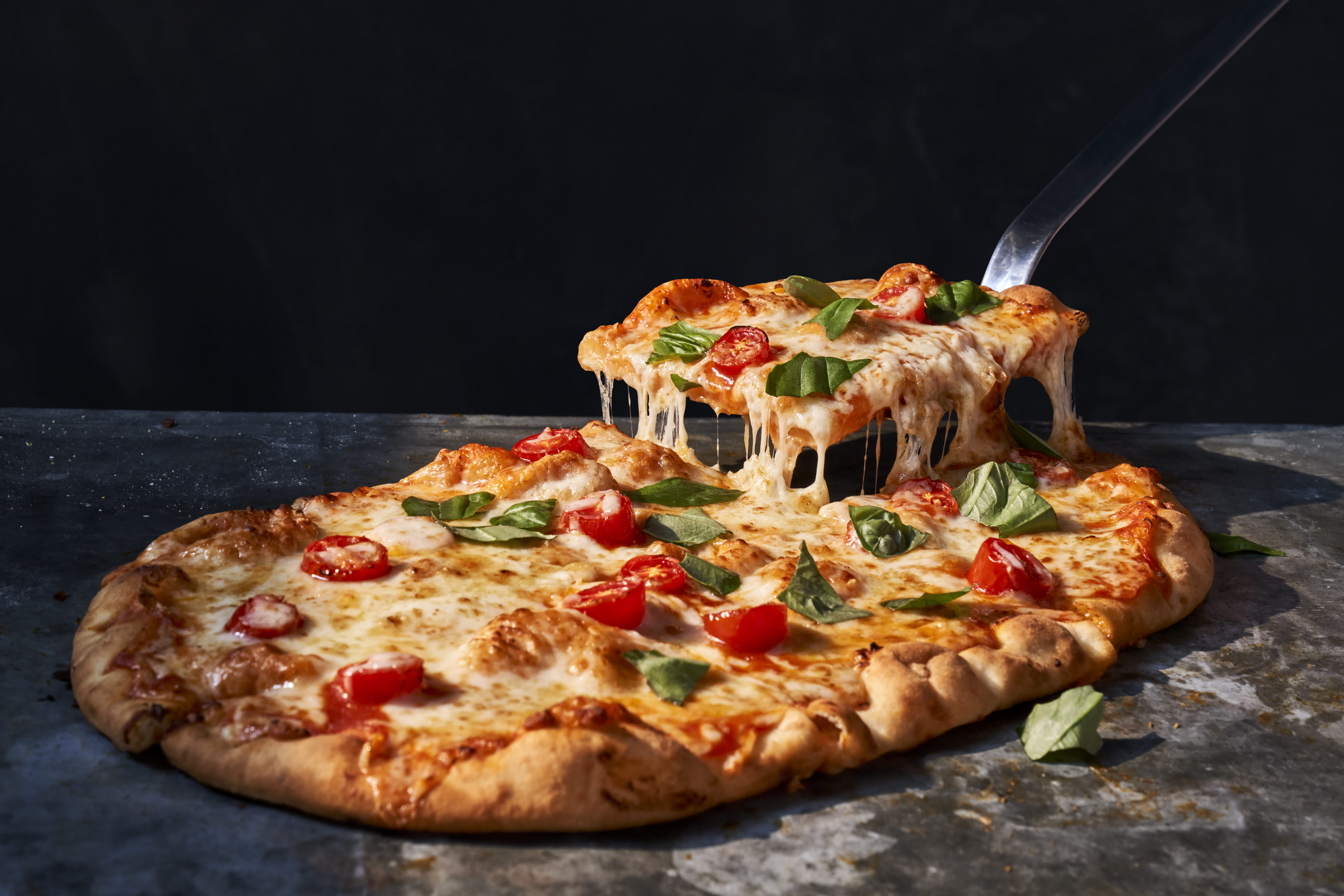 Panera Bread adds pizza to menus as customers order more delivery and takeout