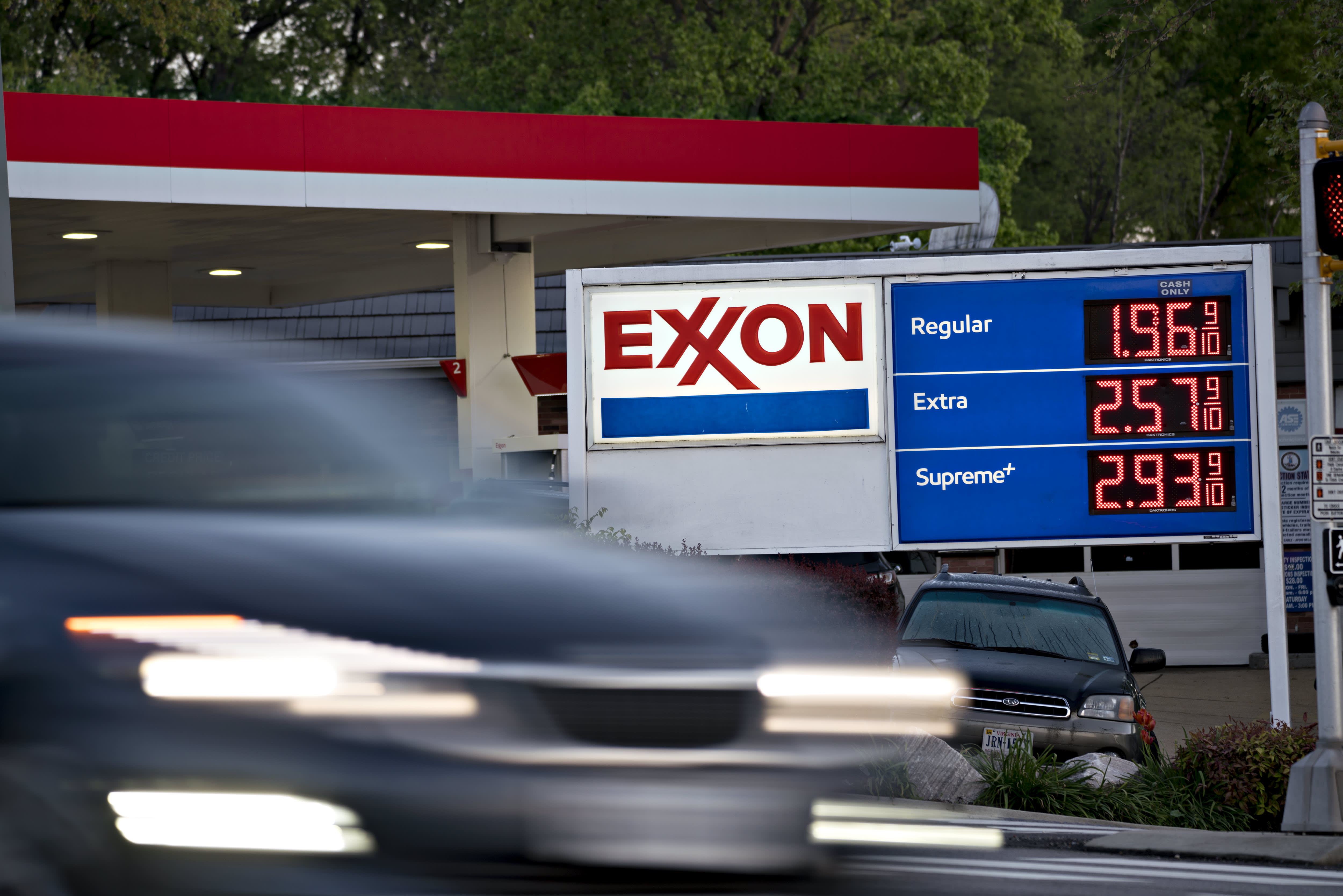 Exxon announces additional job cuts amid ongoing Covid-19 hit to oil demand – CNBC