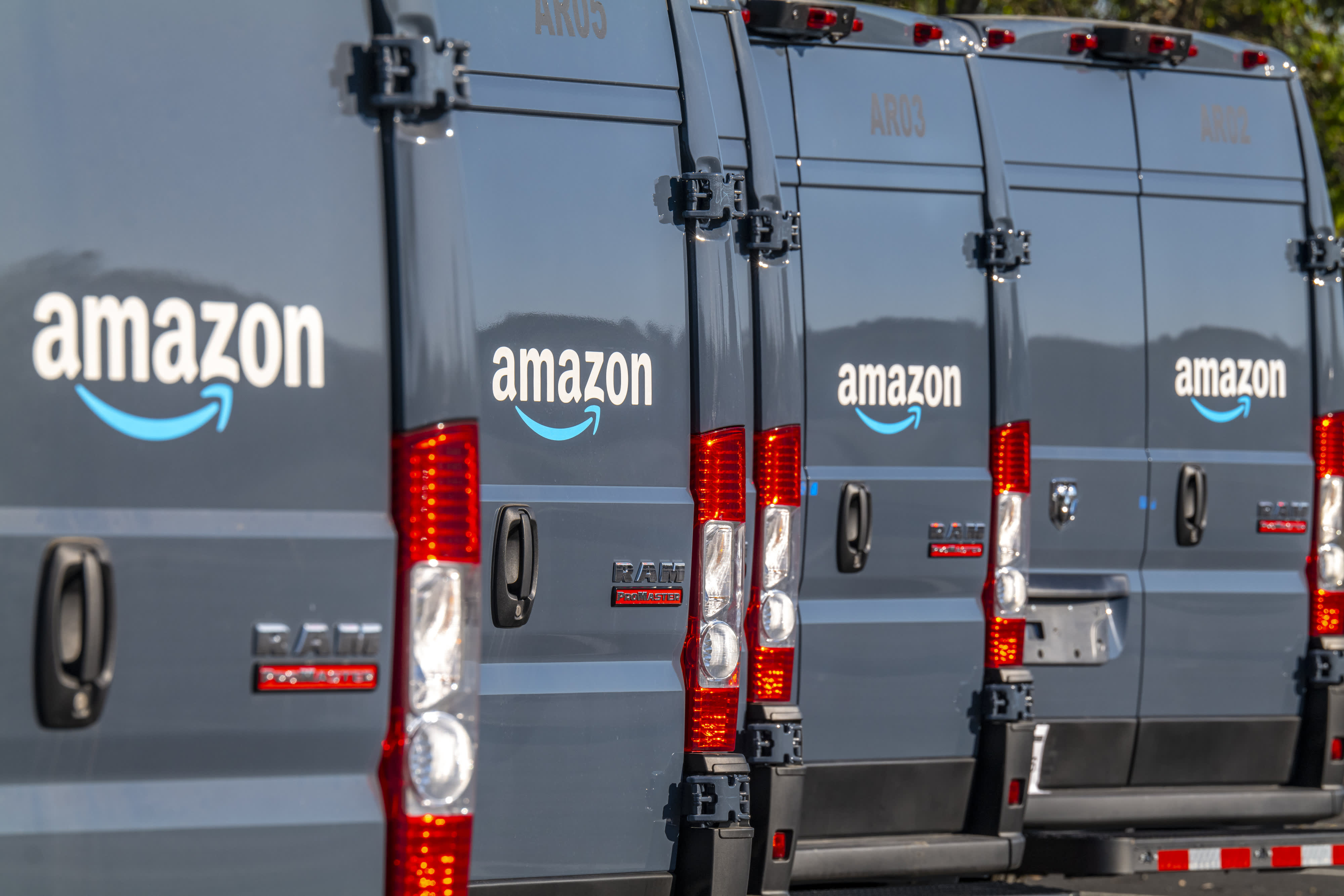 106786928-1604892915282-gettyimages-1229053402-AMAZON_PRIME_DAY.jpeg?v=1619459054
