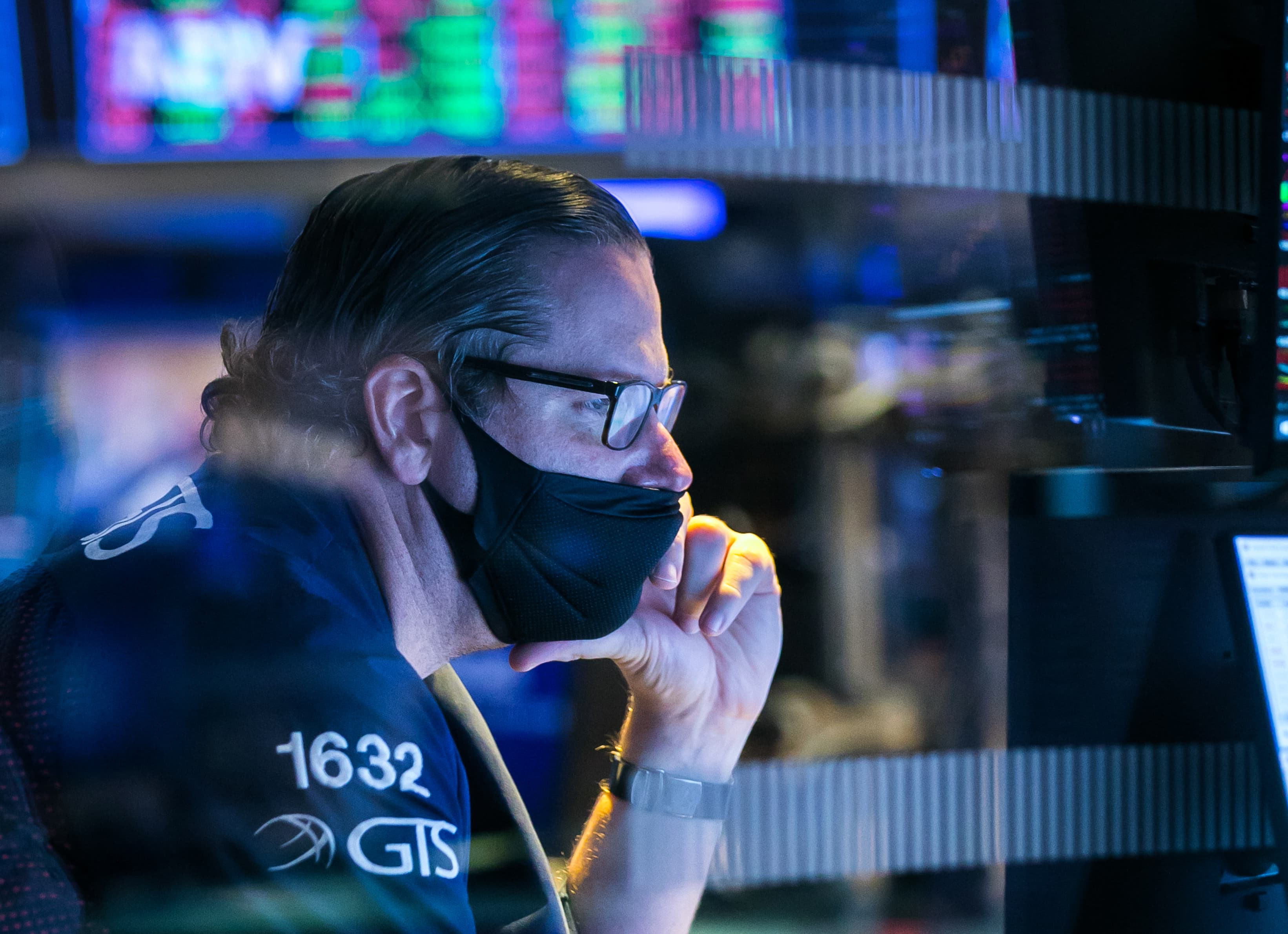 Stocks making the biggest moves after hours: Moderna, Revolve, Fossil & more - CNBC