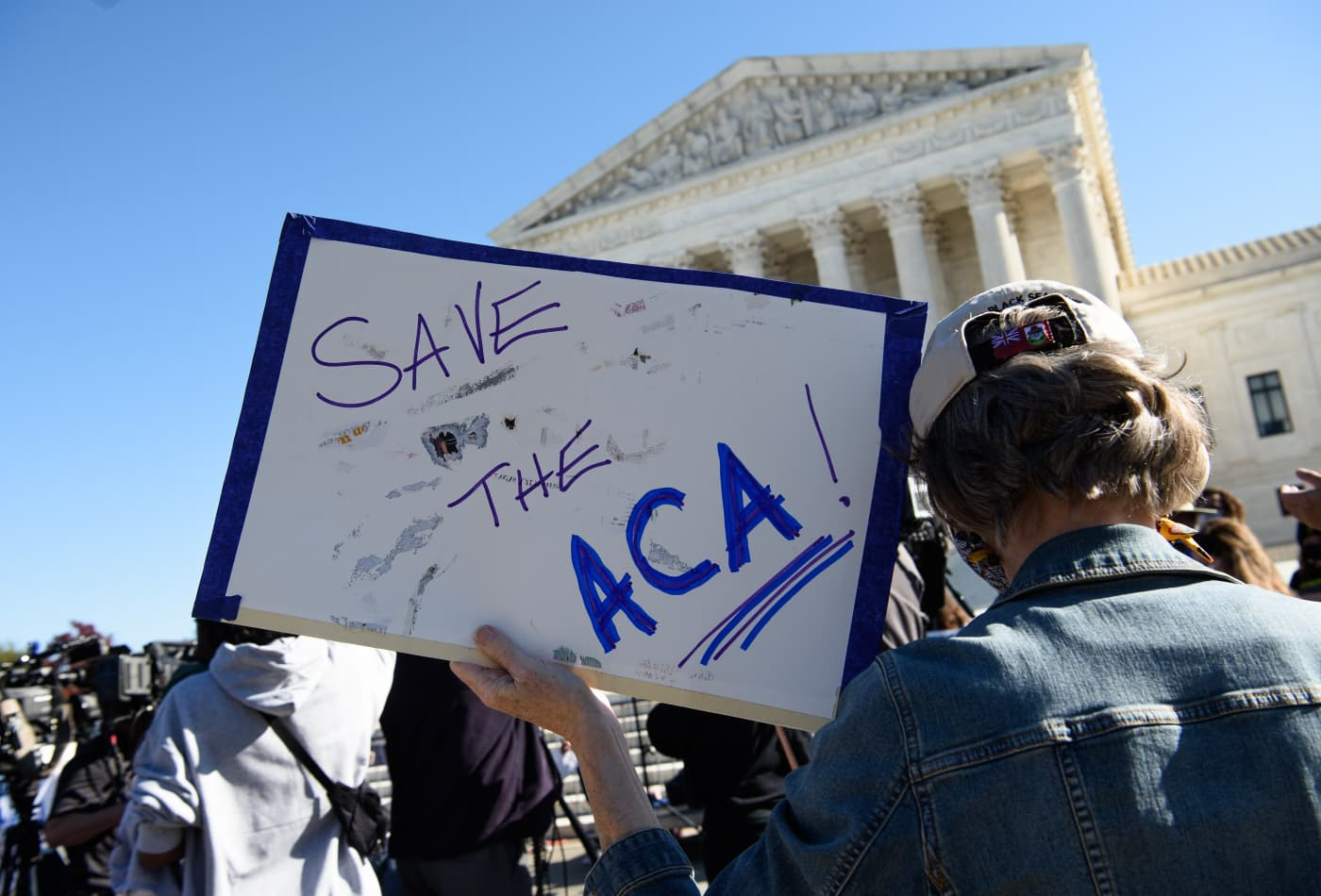 Supreme Court appears willing to leave Obamacare in place
