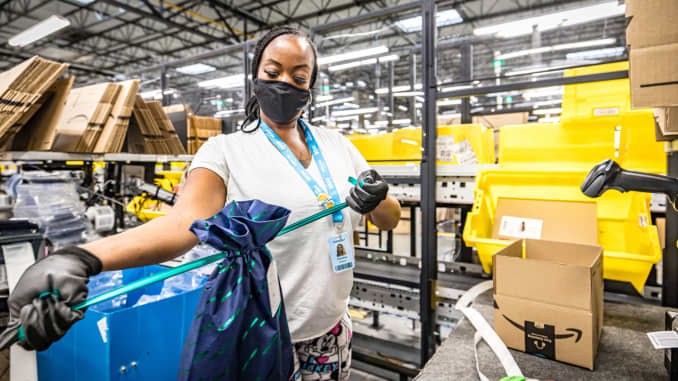 Amazon Black Friday Hiring Spree Used To Meet Extreme Demand