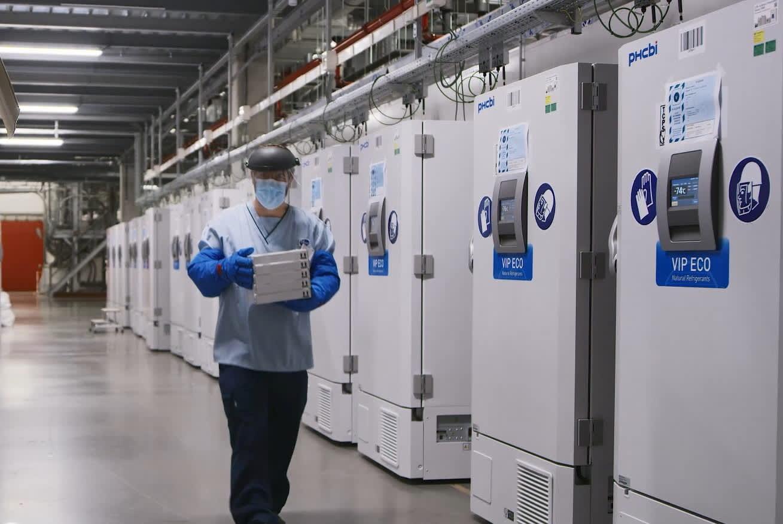 UK approves Pfizer-BioNTech coronavirus vaccine rollout due next week – CNBC