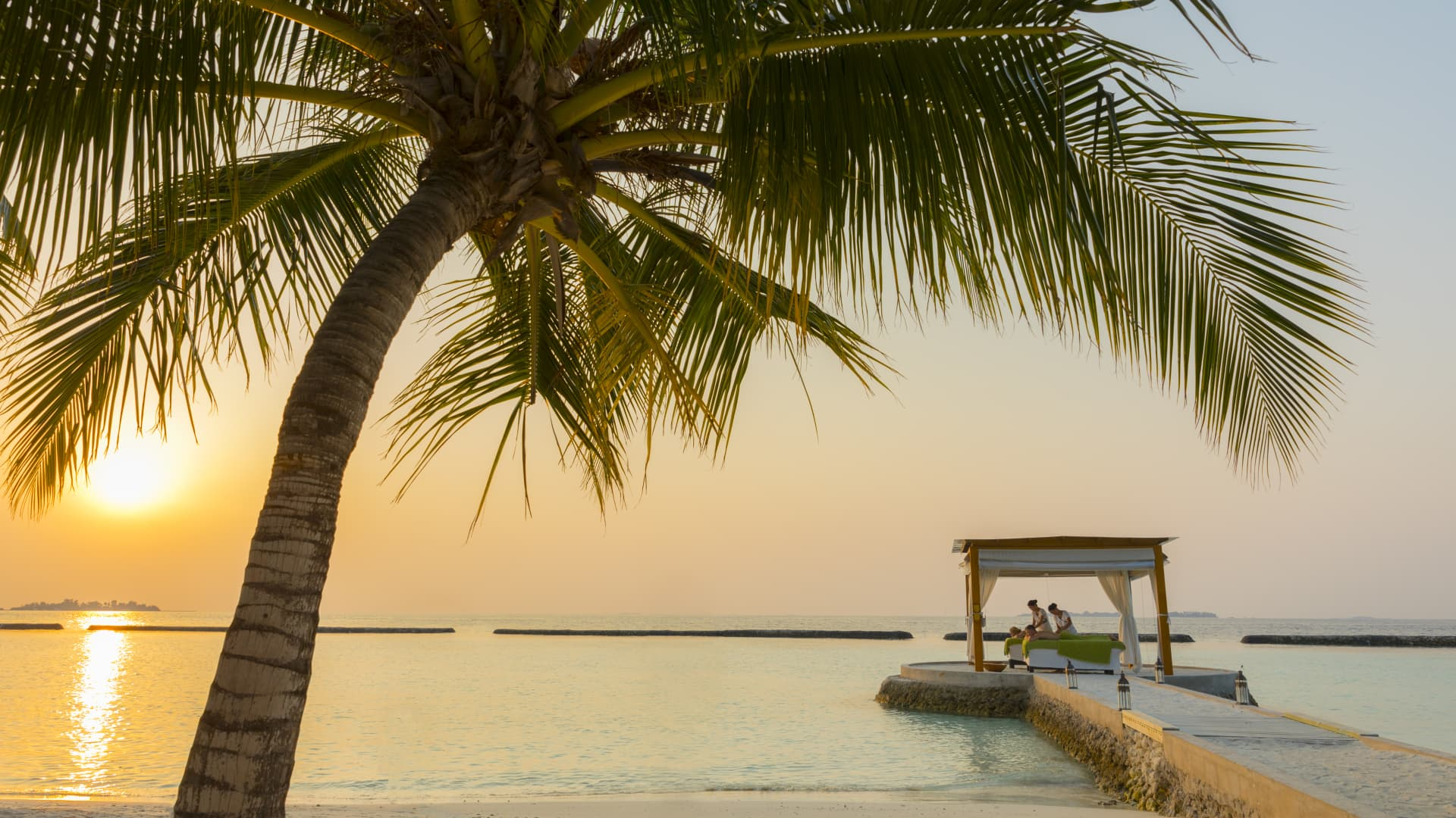 Kurumba in the Maldives is offering a day of socially-distanced activities via its app.