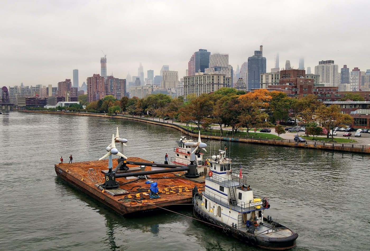 In New York's East River, a tidal power project takes shape