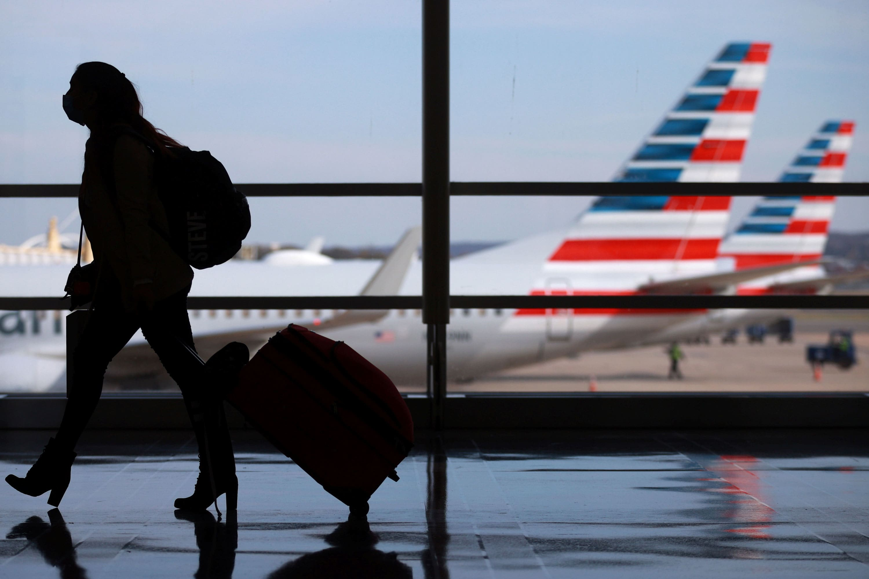 American Airlines starts offering $129 at-home Covid tests for U.S. travel to avoid quarantines – CNBC