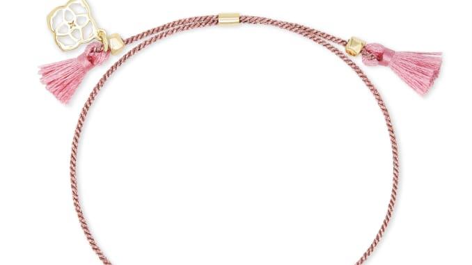 Jeweler Kendra Scott is donating half of the proceeds of its Everlyne bracelet to Feeding America.