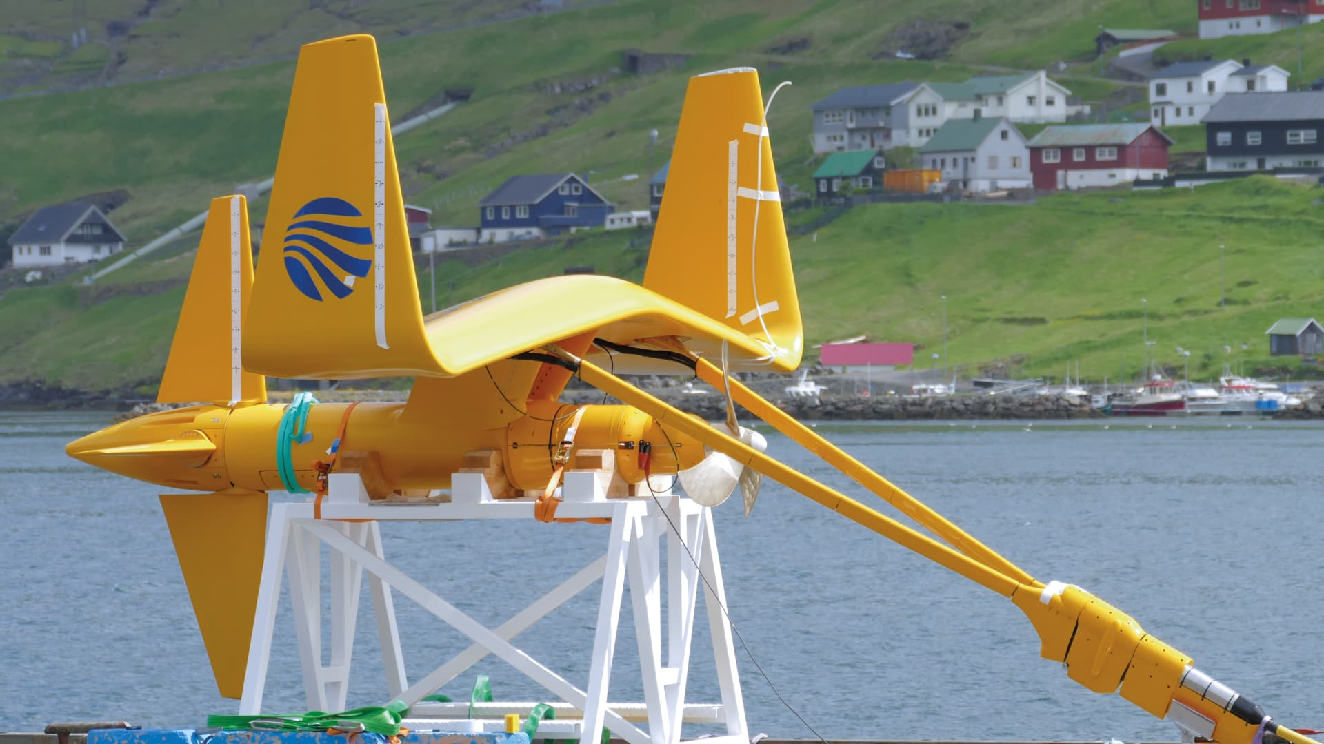 Minesto's system is based on the idea of using a kite-like system in marine environments.