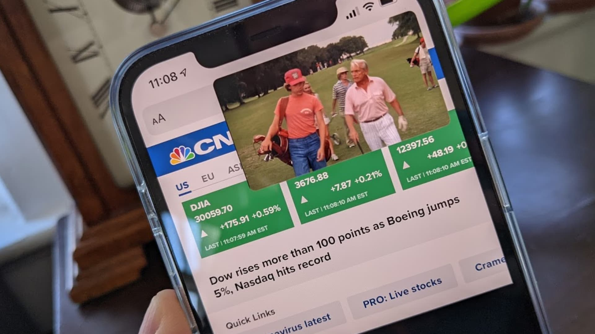 Using picture-in-picture on an iPhone running iOS 14