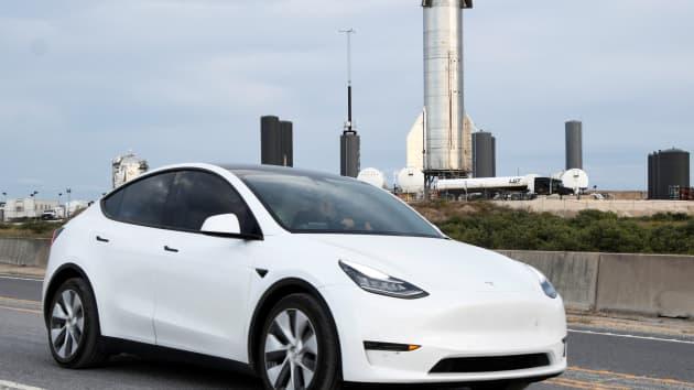 Will Tesla (TSLA) Stock Feel The Crypto Sell-Off?