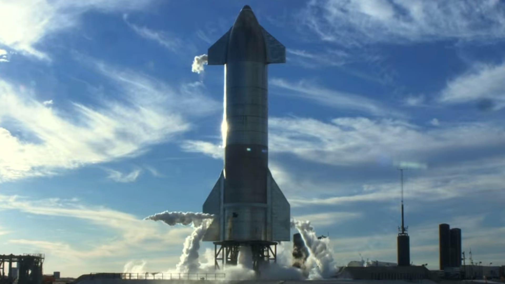 Starship prototype SN8 aborts its liftoff attempt on Dec. 8, 2020.