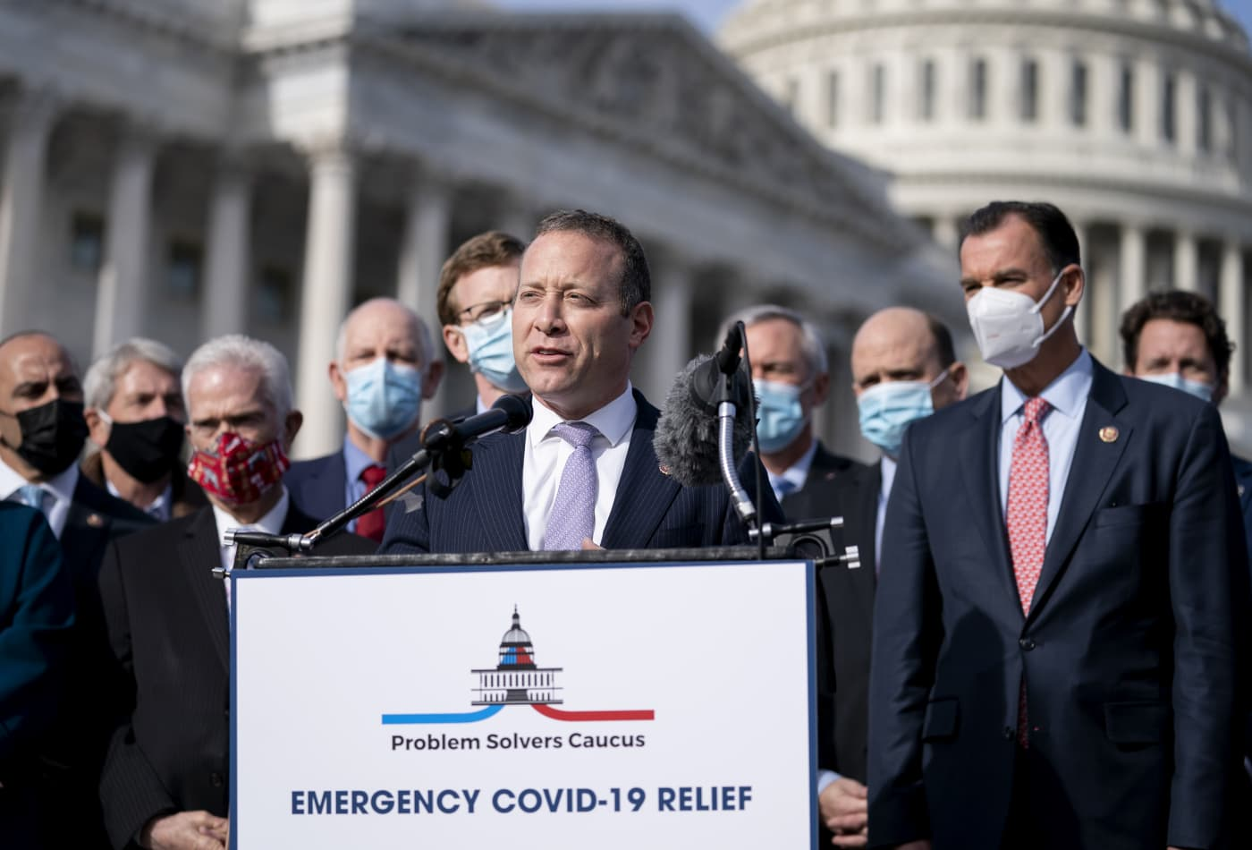 Bipartisan group releases Covid relief bill as Congress faces pressure to send help