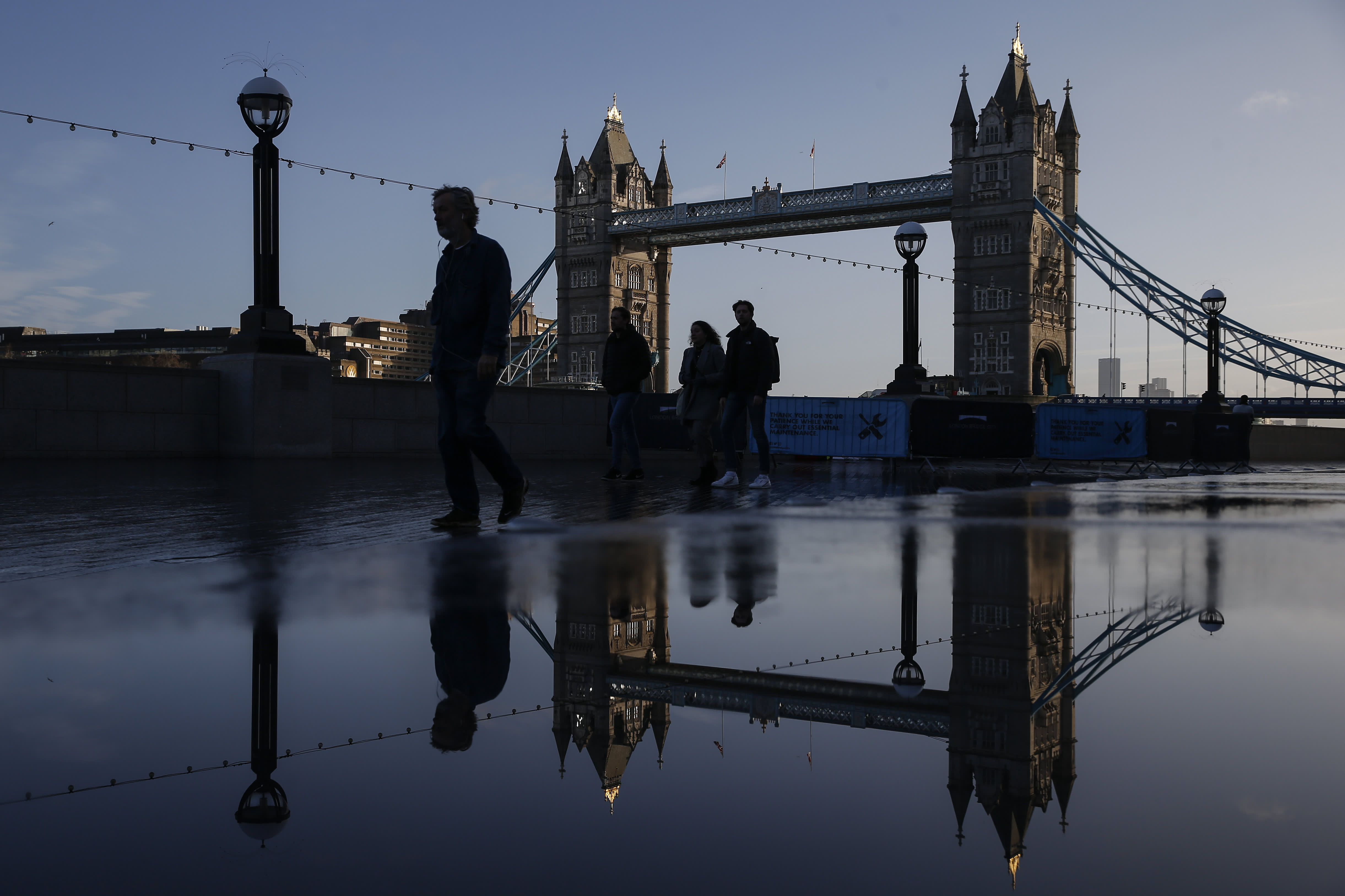 UK economy contracted by 1.5% in the first quarter as lockdowns weighed